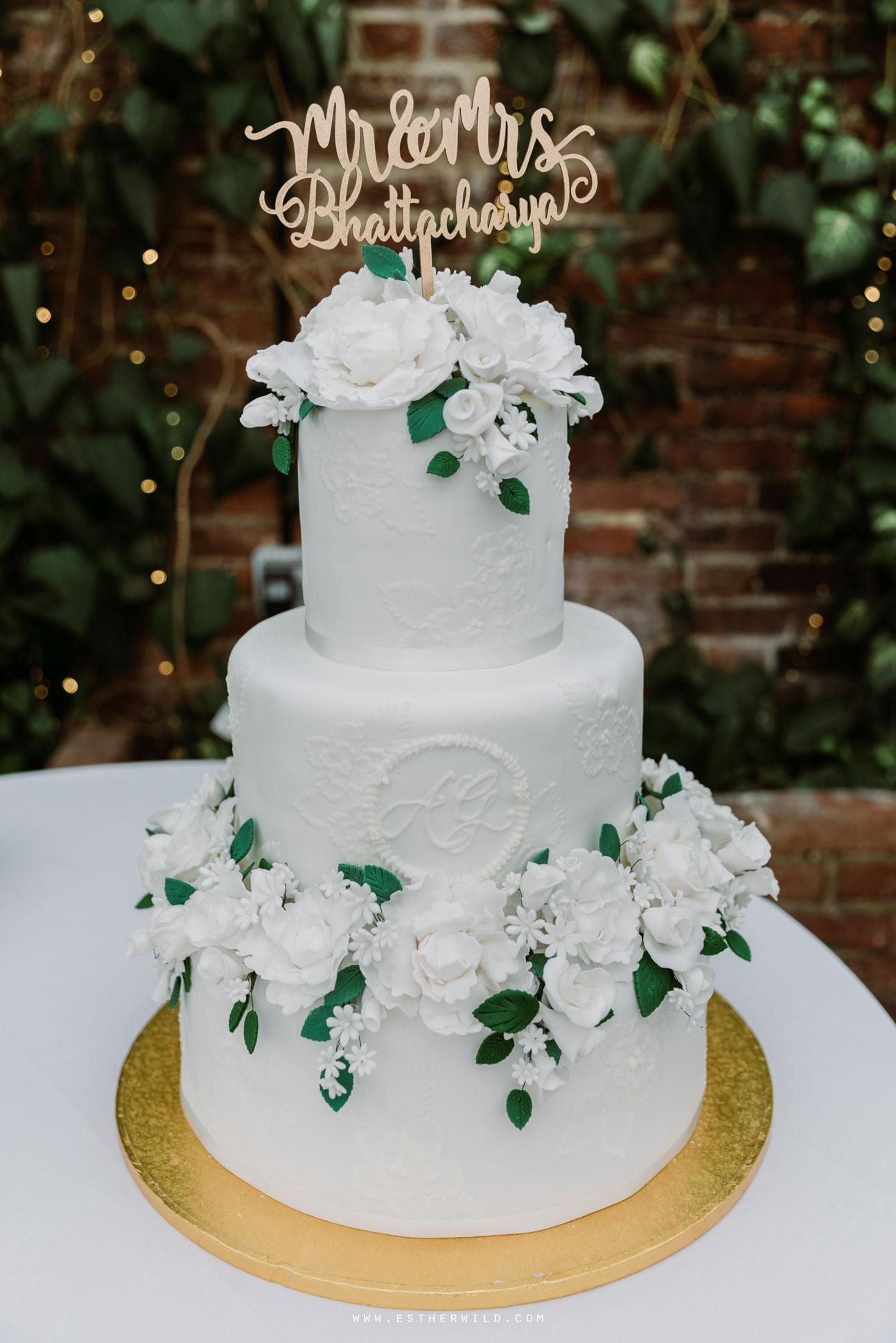 Northbrook_Park_Farnham_Surrey_London_Wedding_Hindu_Fusion_Esther_Wild_Photographer_IMG_5425.jpg