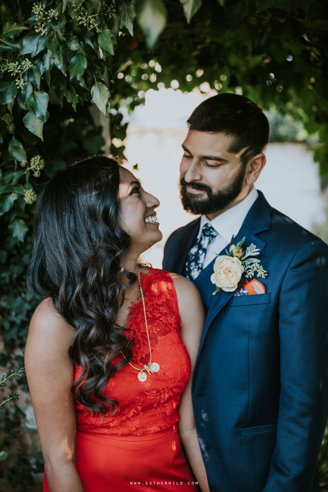 Northbrook_Park_Farnham_Surrey_London_Wedding_Hindu_Fusion_Esther_Wild_Photographer_IMG_5478.jpg