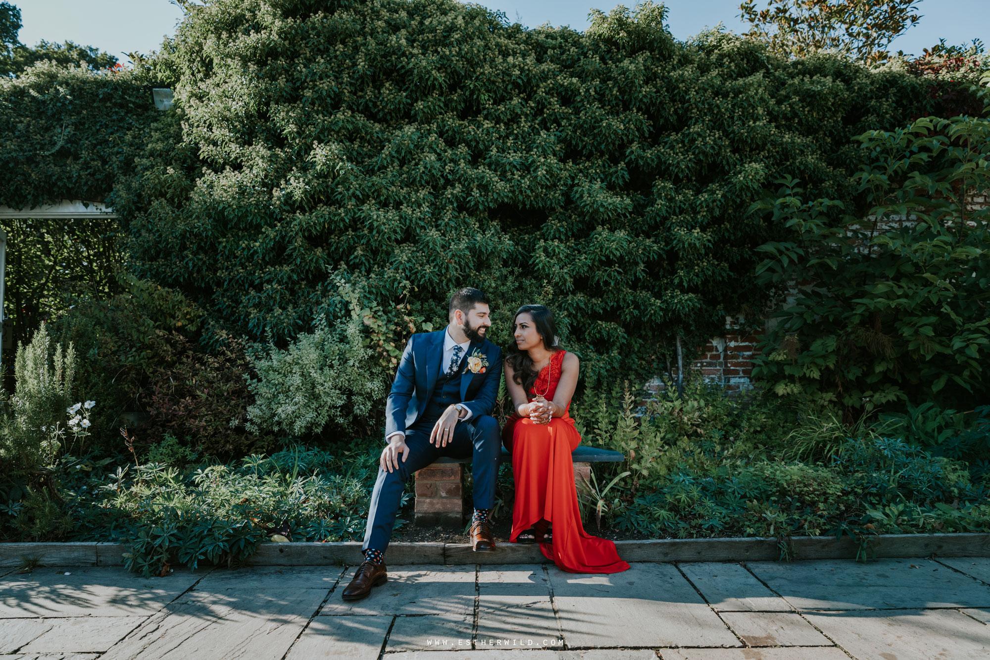 Northbrook_Park_Farnham_Surrey_London_Wedding_Hindu_Fusion_Esther_Wild_Photographer_IMG_5515.jpg