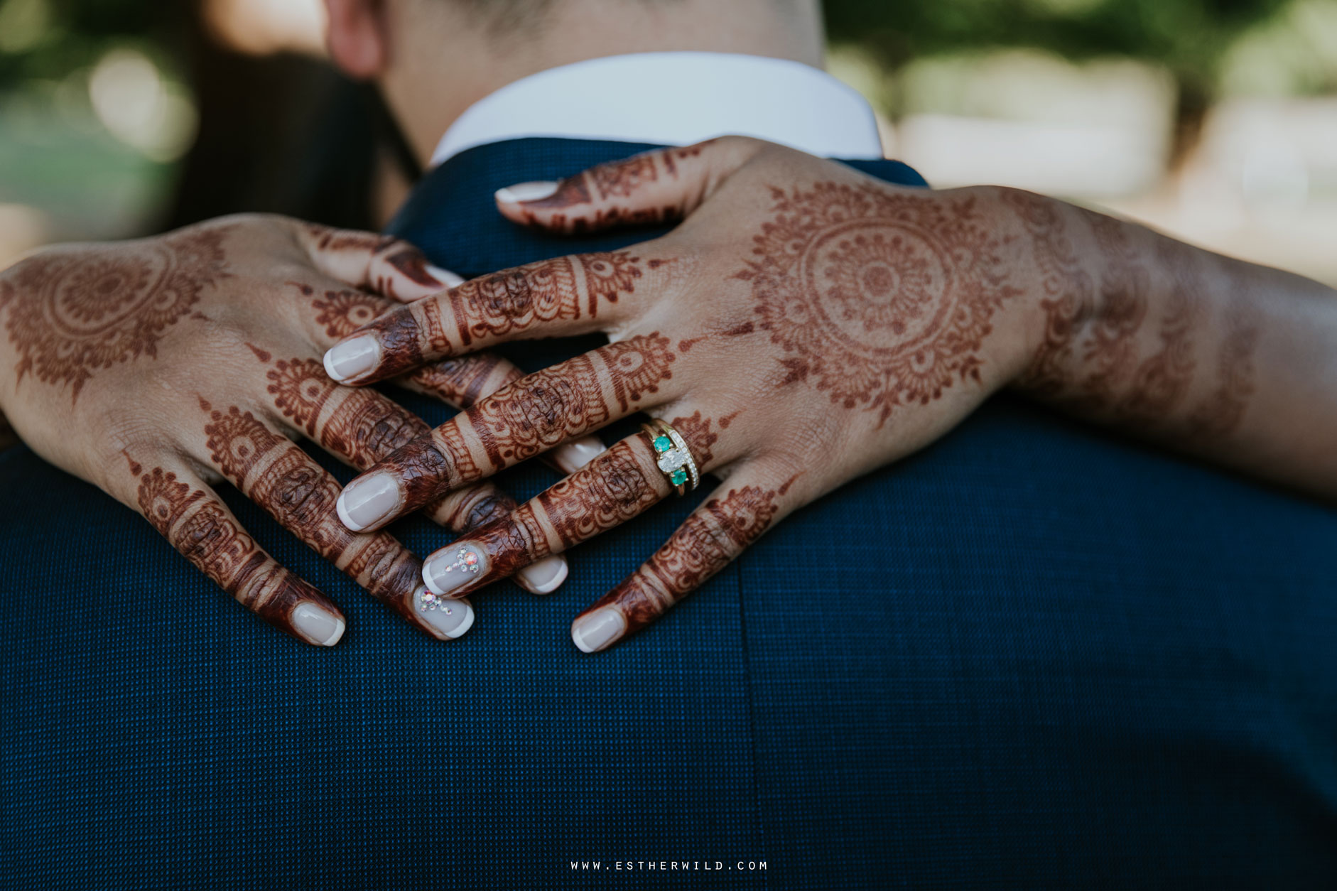 Northbrook_Park_Farnham_Surrey_London_Wedding_Hindu_Fusion_Esther_Wild_Photographer_IMG_5581.jpg