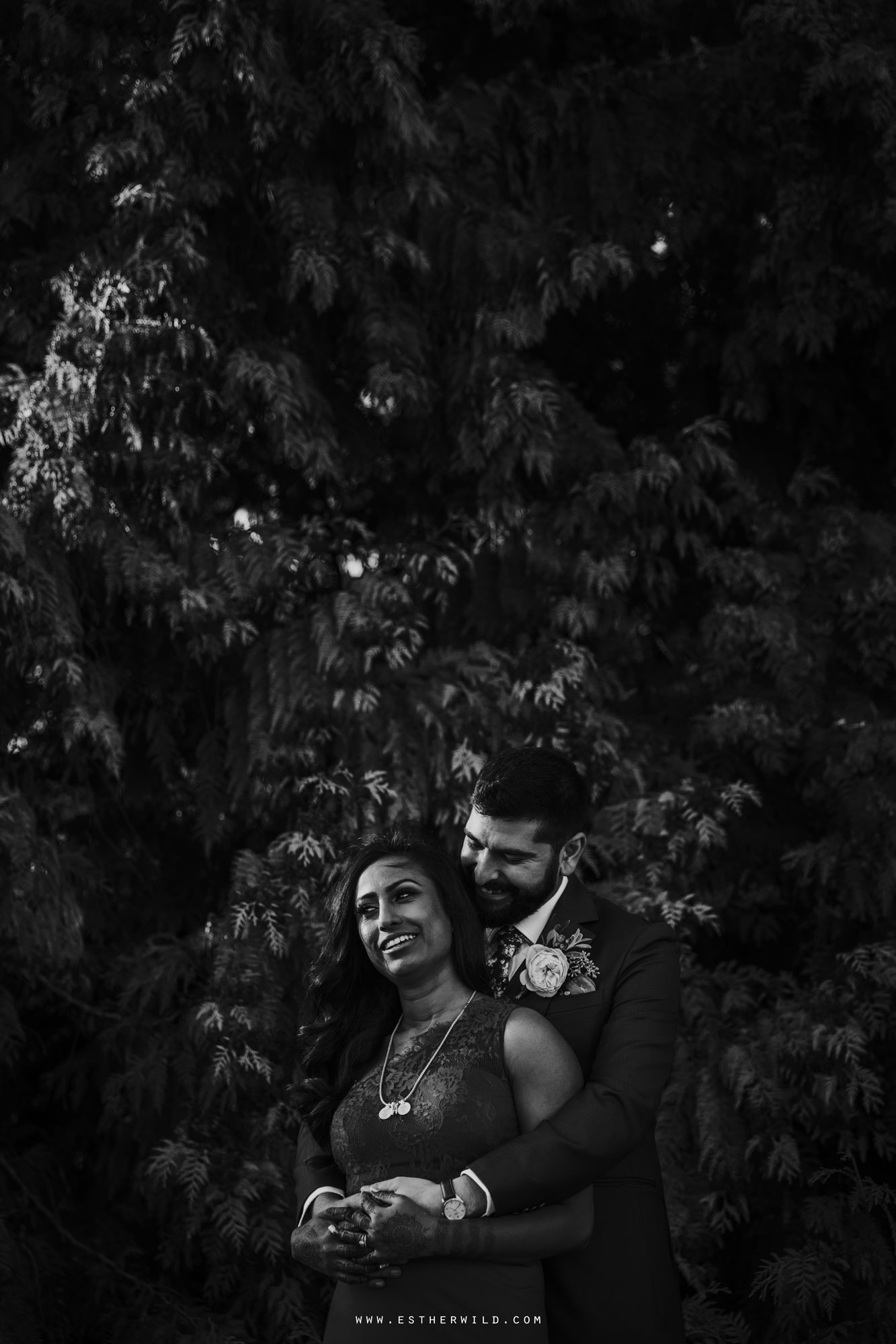 Northbrook_Park_Farnham_Surrey_London_Wedding_Hindu_Fusion_Esther_Wild_Photographer_IMG_5611-2.jpg