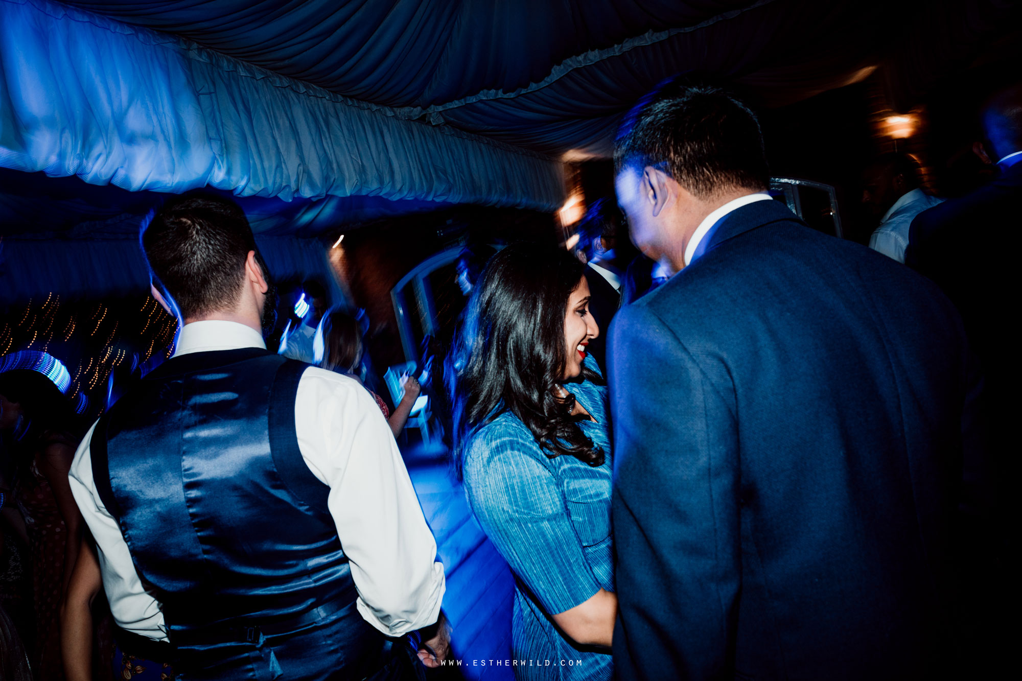 Northbrook_Park_Farnham_Surrey_London_Wedding_Hindu_Fusion_Esther_Wild_Photographer_IMG_6754.jpg