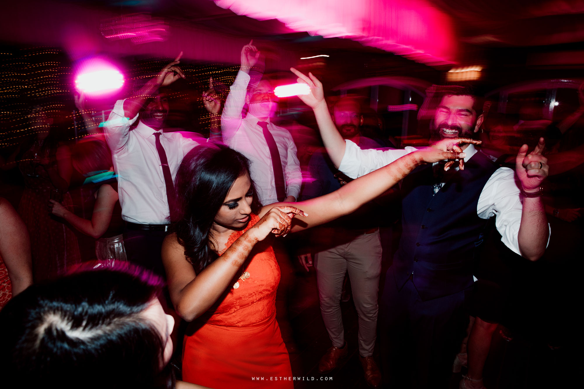 Northbrook_Park_Farnham_Surrey_London_Wedding_Hindu_Fusion_Esther_Wild_Photographer_IMG_6828.jpg