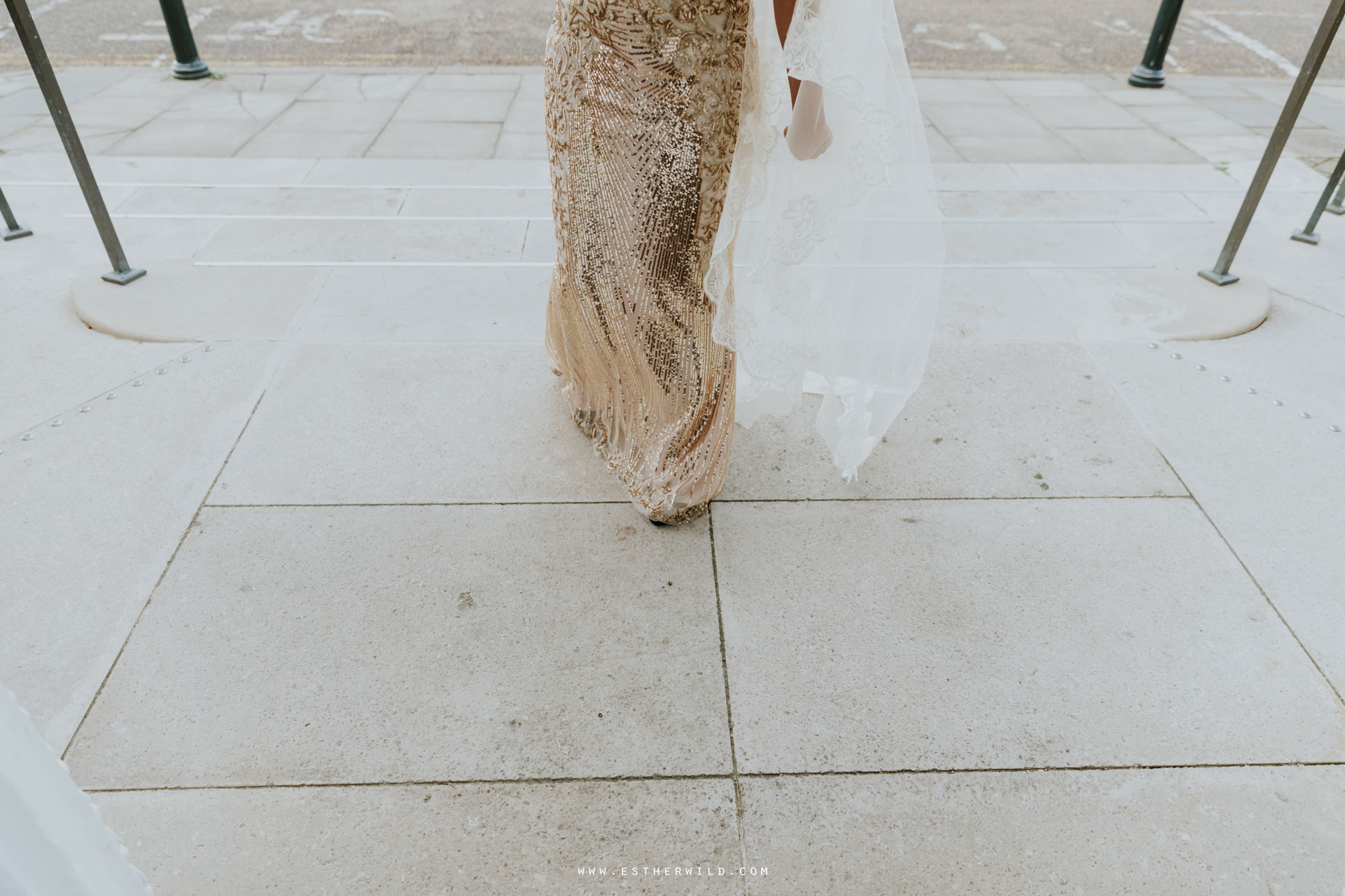 Twickenham_Registry_Office_London_Wedding_Ceremony_Esther_Wild_Photographer_IMG_0052.jpg