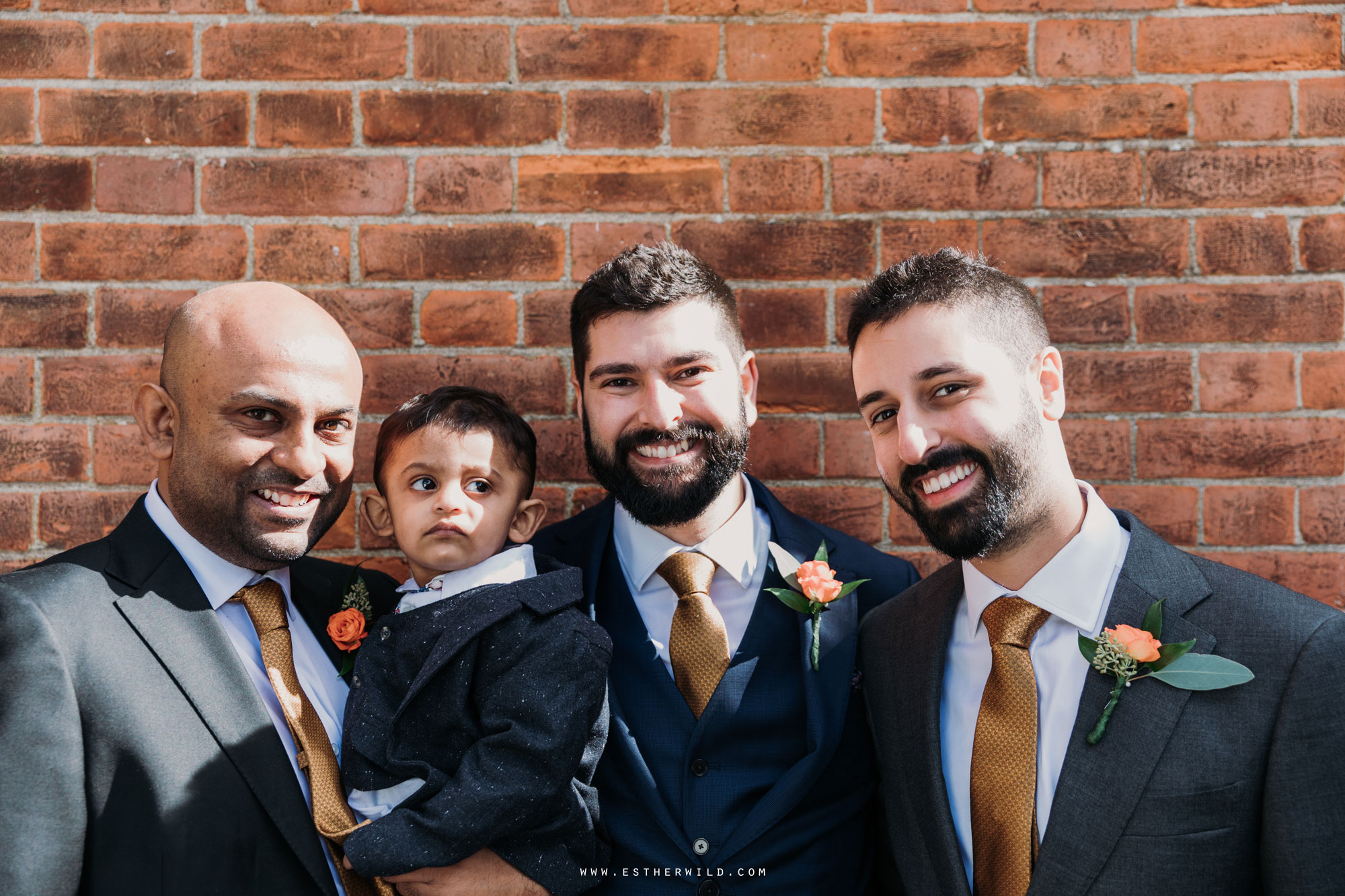 Twickenham_Registry_Office_London_Wedding_Ceremony_Esther_Wild_Photographer_IMG_0202.jpg