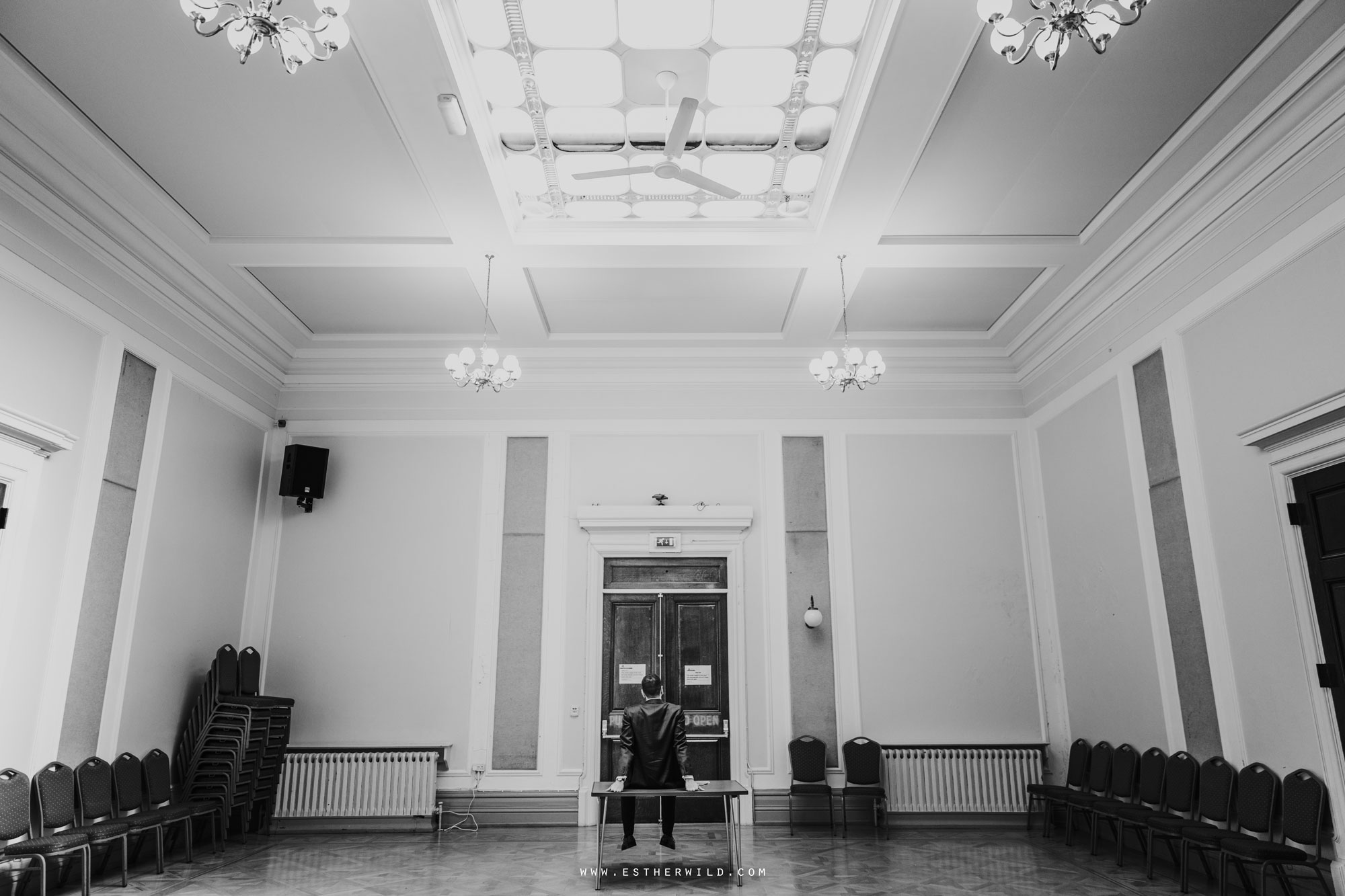 Twickenham_Registry_Office_London_Wedding_Ceremony_Esther_Wild_Photographer_IMG_0263-2.jpg