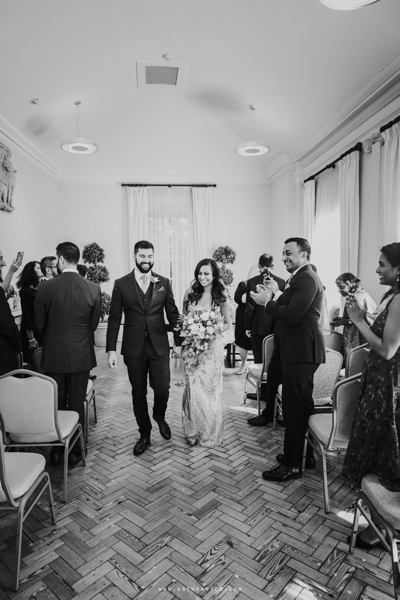 Twickenham_Registry_Office_London_Wedding_Ceremony_Esther_Wild_Photographer_IMG_0545.jpg