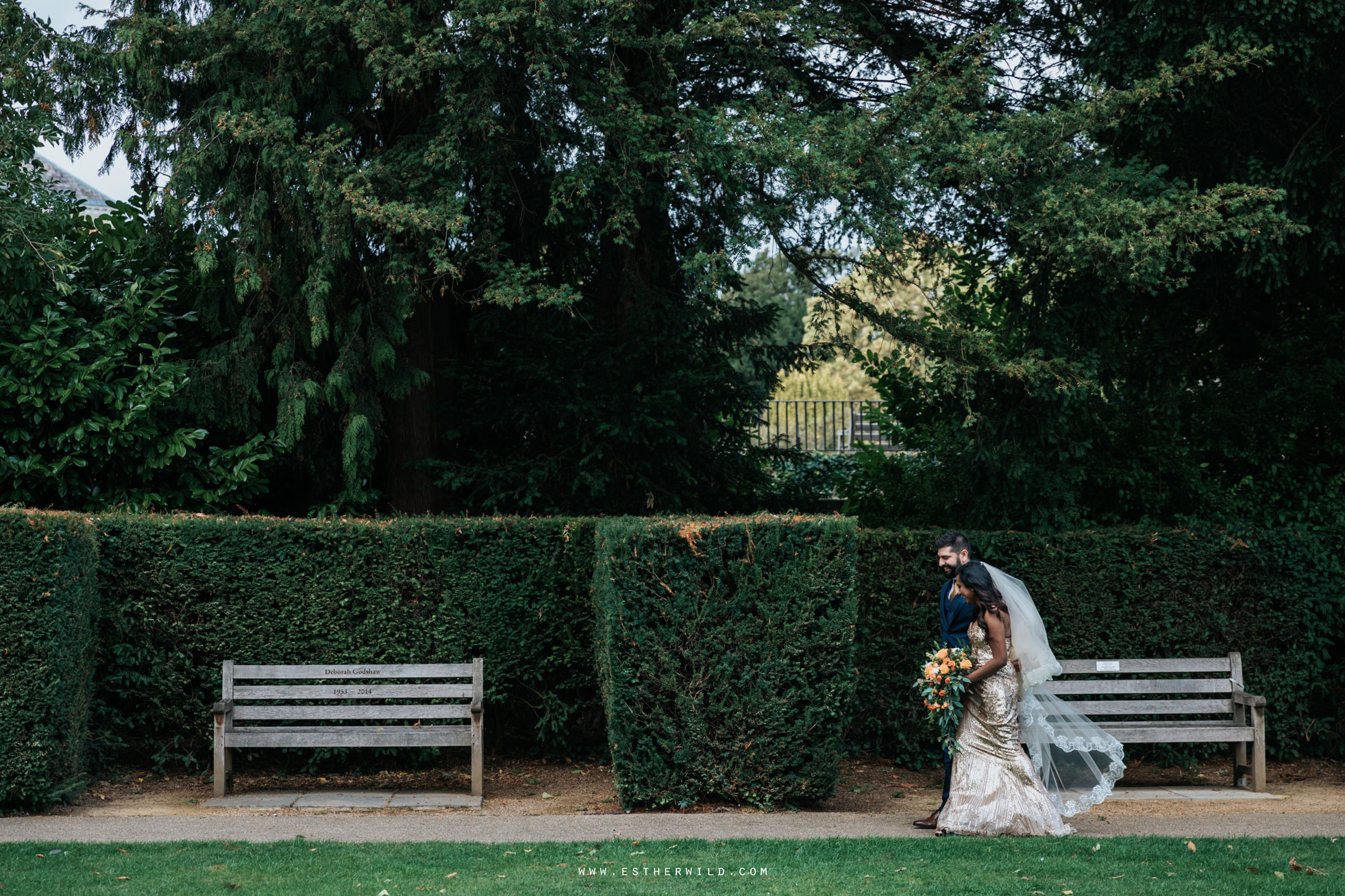 Twickenham_Registry_Office_London_Wedding_Ceremony_Esther_Wild_Photographer_IMG_0749.jpg