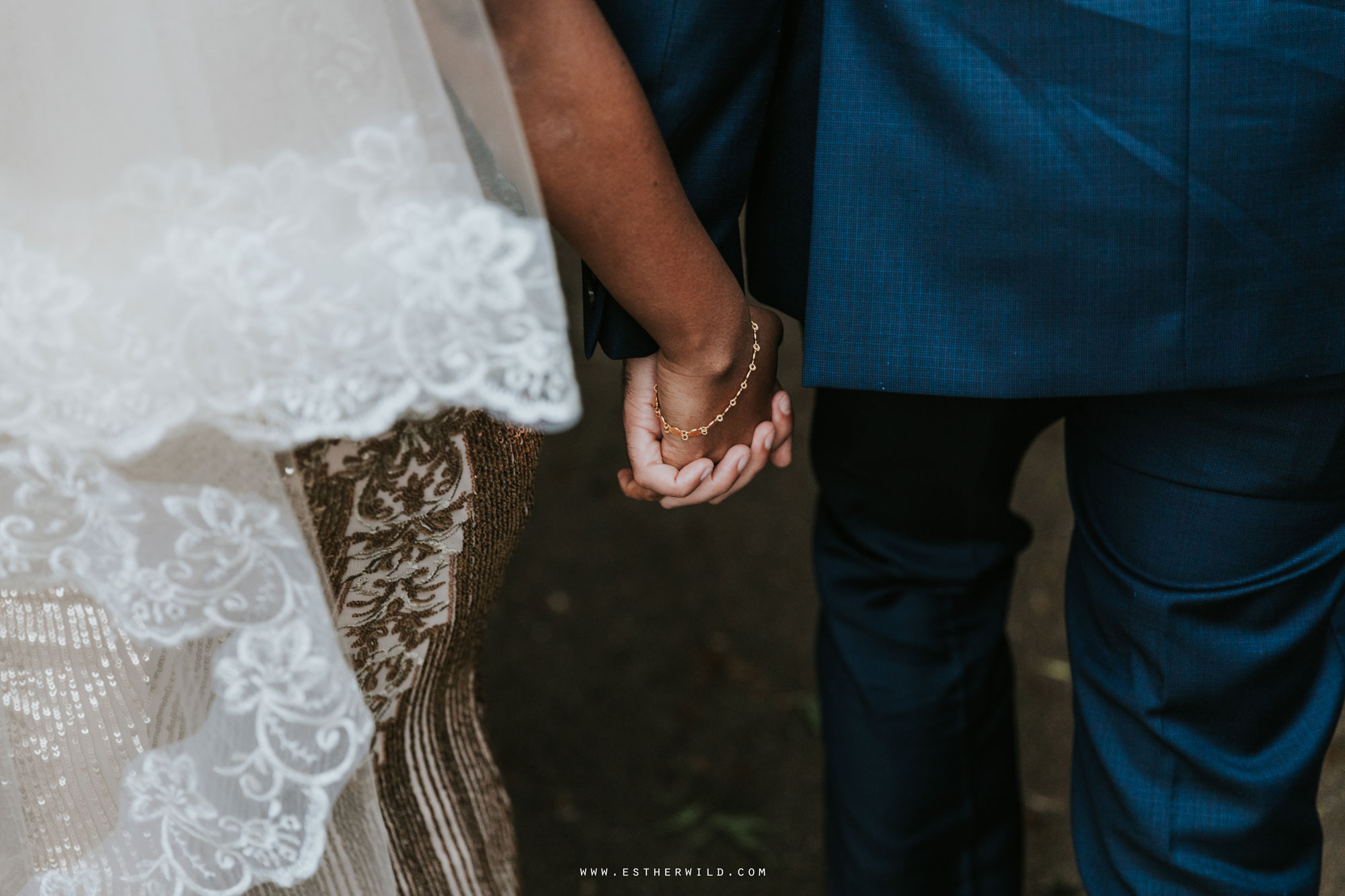 Twickenham_Registry_Office_London_Wedding_Ceremony_Esther_Wild_Photographer_IMG_0898.jpg