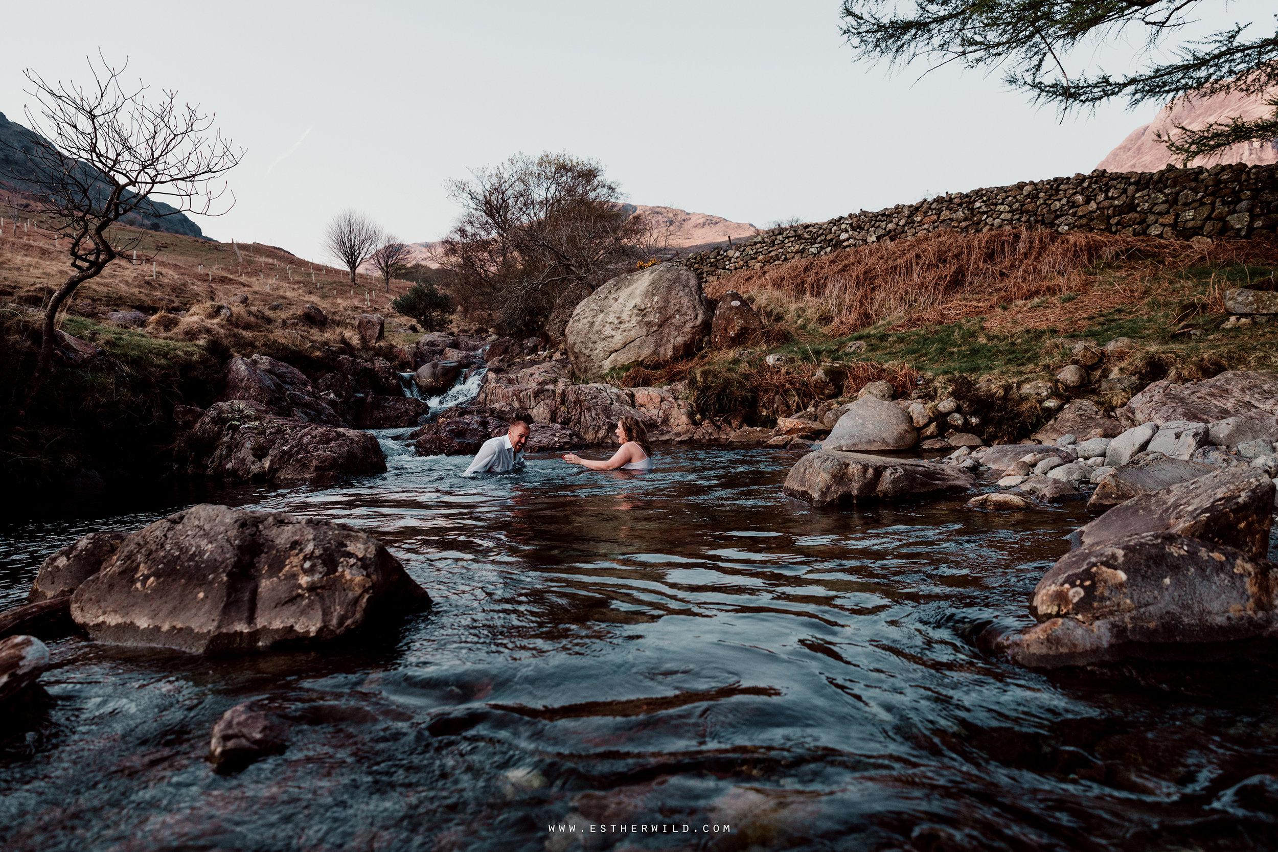 Cumbria_Lake_District_Wasdale_Wedding_Photographer_Destination_Engagement_Anniversary_Esther_Wild_IMG_4392.jpg