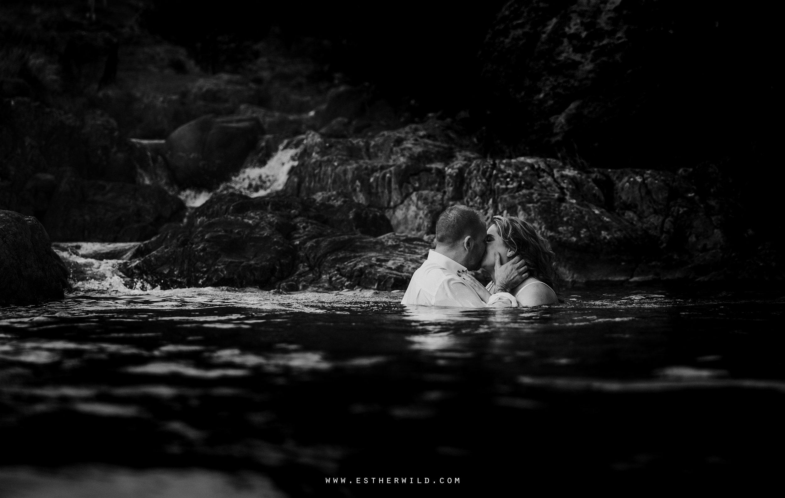 Cumbria_Lake_District_Wasdale_Wedding_Photographer_Destination_Engagement_Anniversary_Esther_Wild_IMG_4404.jpg