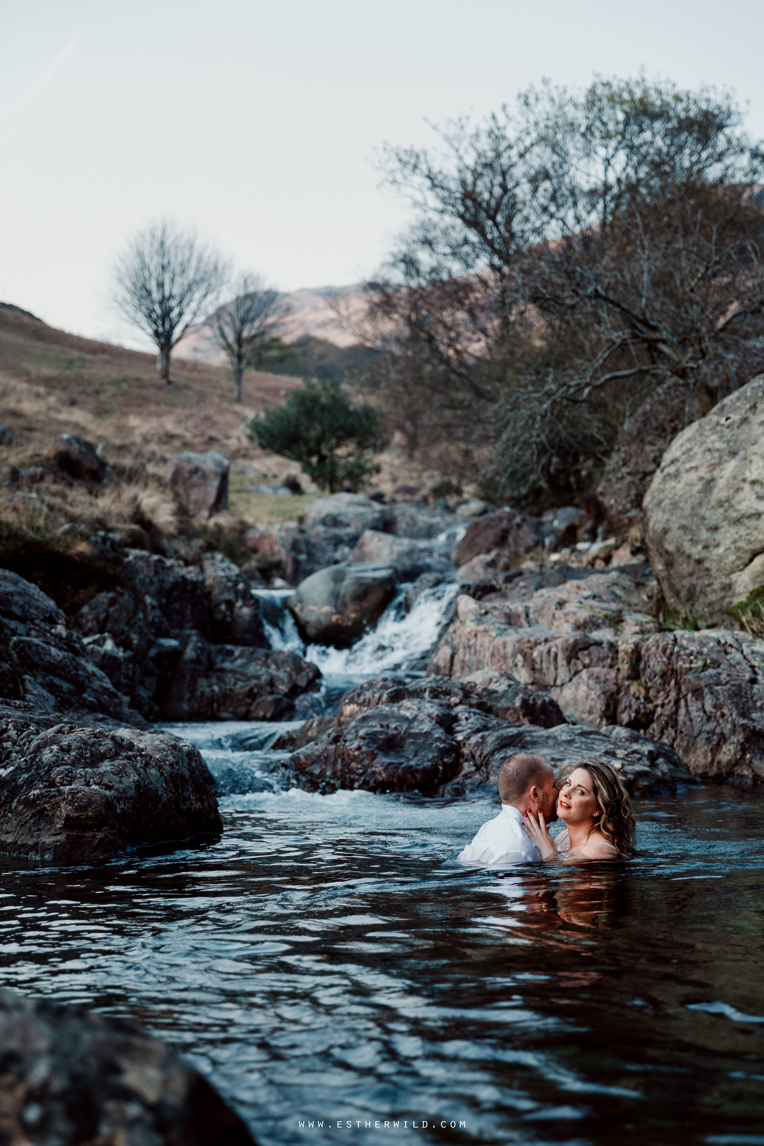 Cumbria_Lake_District_Wasdale_Wedding_Photographer_Destination_Engagement_Anniversary_Esther_Wild_IMG_4425.jpg