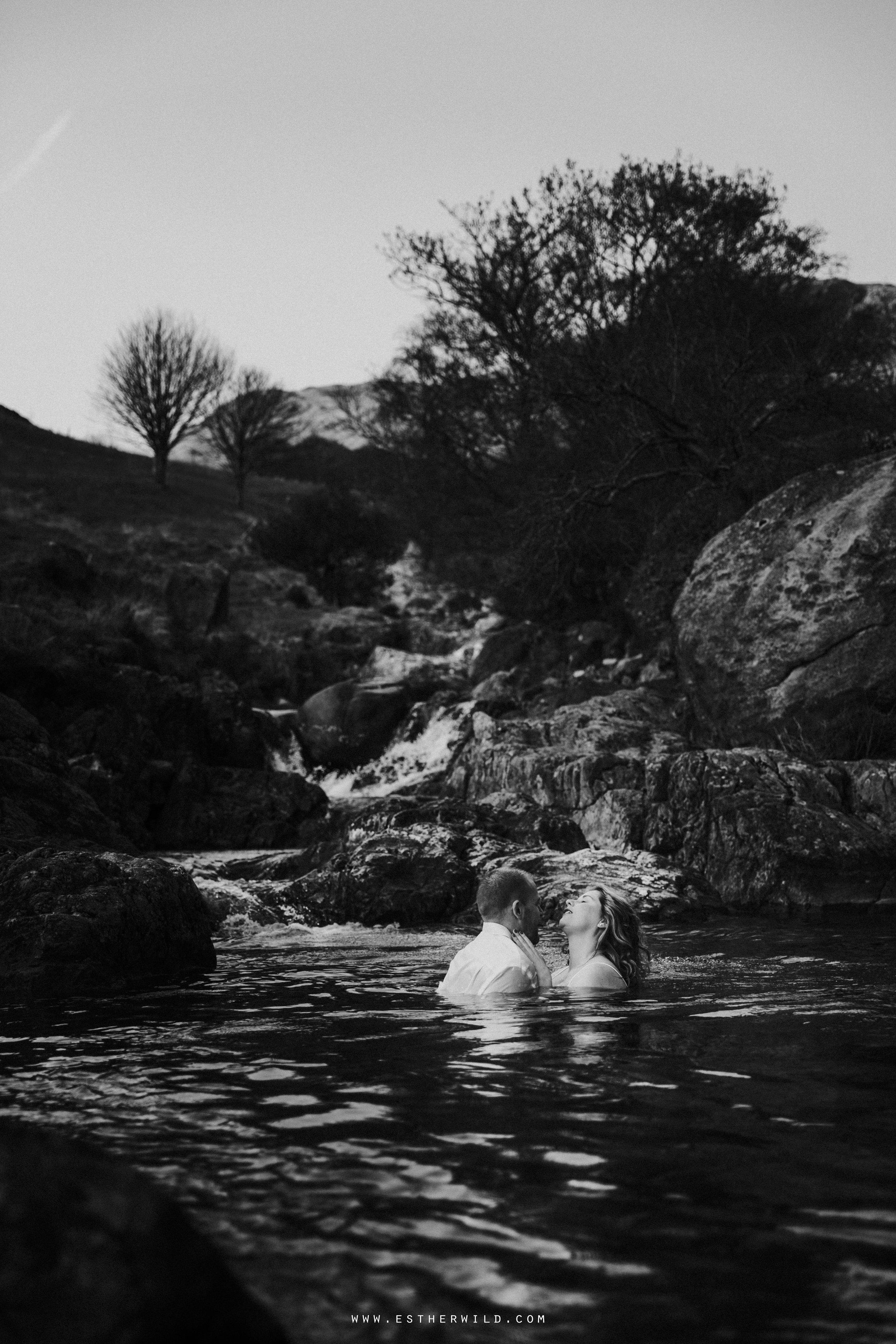 Cumbria_Lake_District_Wasdale_Wedding_Photographer_Destination_Engagement_Anniversary_Esther_Wild_IMG_4433.jpg