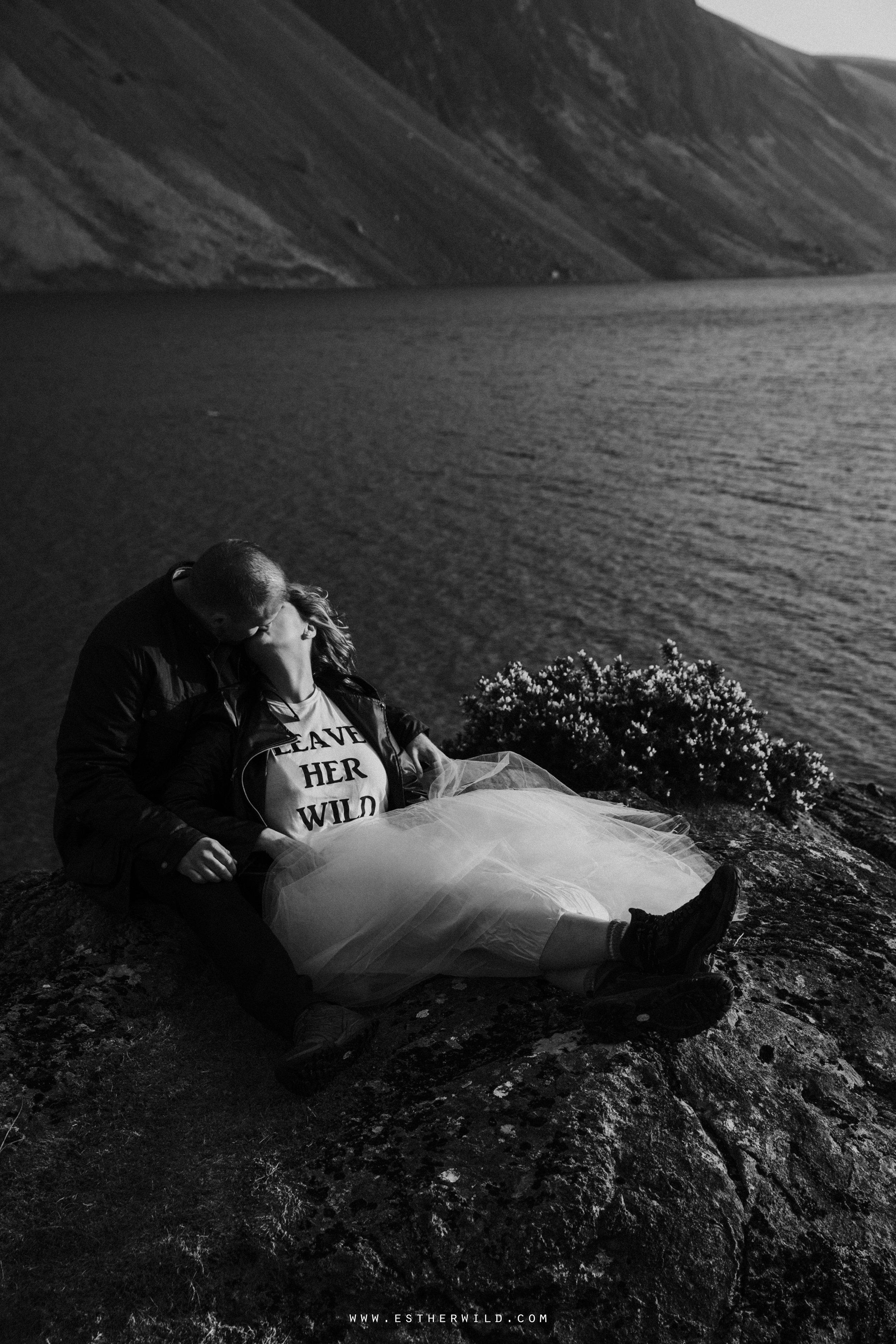 Cumbria_Lake_District_Wasdale_Wedding_Photographer_Destination_Engagement_Anniversary_Esther_Wild_IMG_4539.jpg
