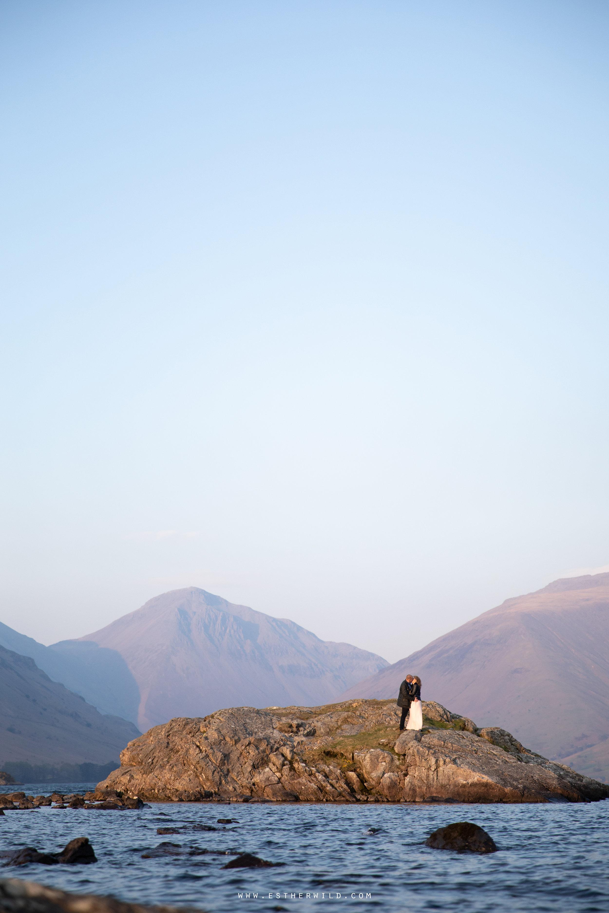 Cumbria_Lake_District_Wasdale_Wedding_Photographer_Destination_Engagement_Anniversary_Esther_Wild_IMG_4572.jpg