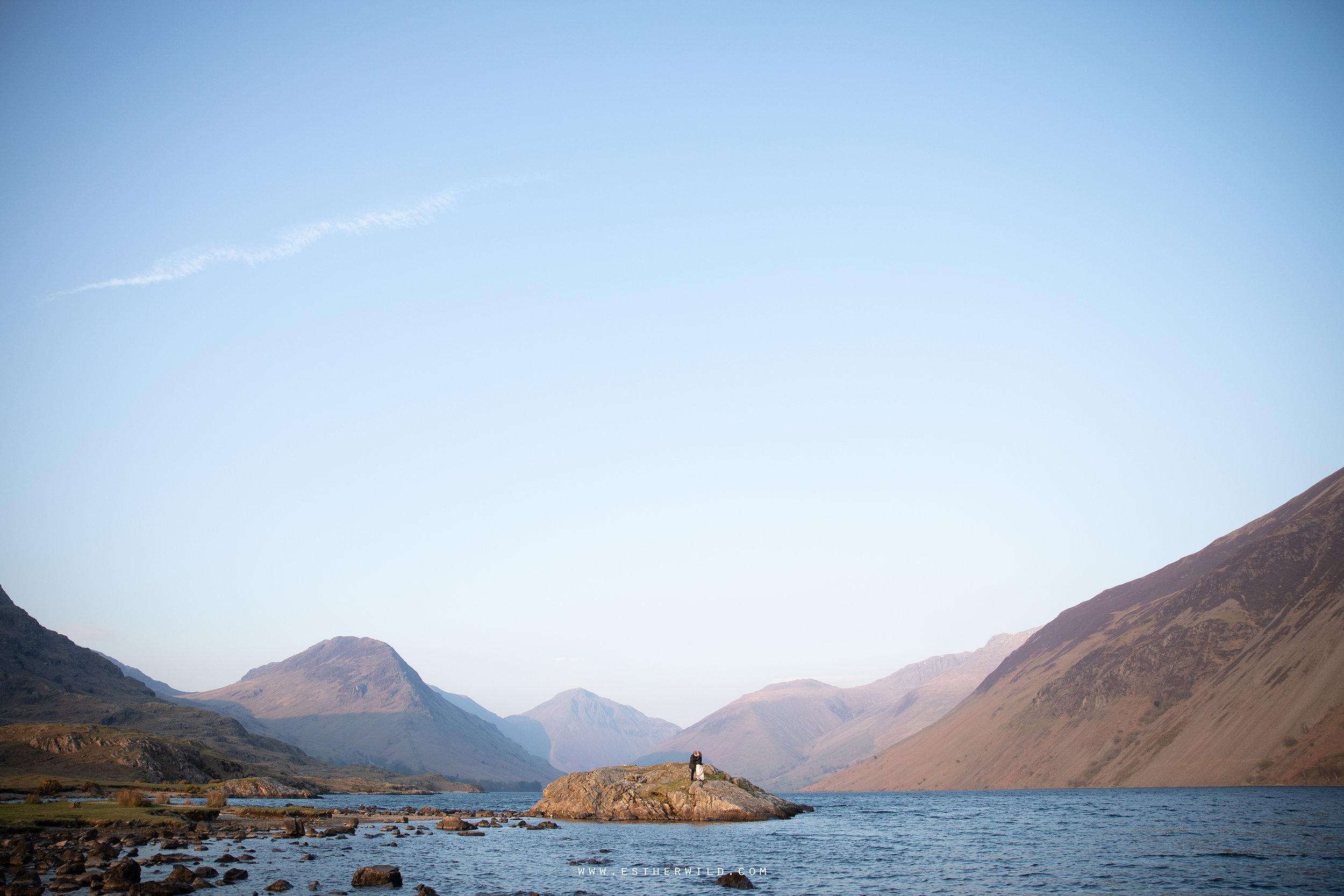 Cumbria_Lake_District_Wasdale_Wedding_Photographer_Destination_Engagement_Anniversary_Esther_Wild_IMG_4592.jpg