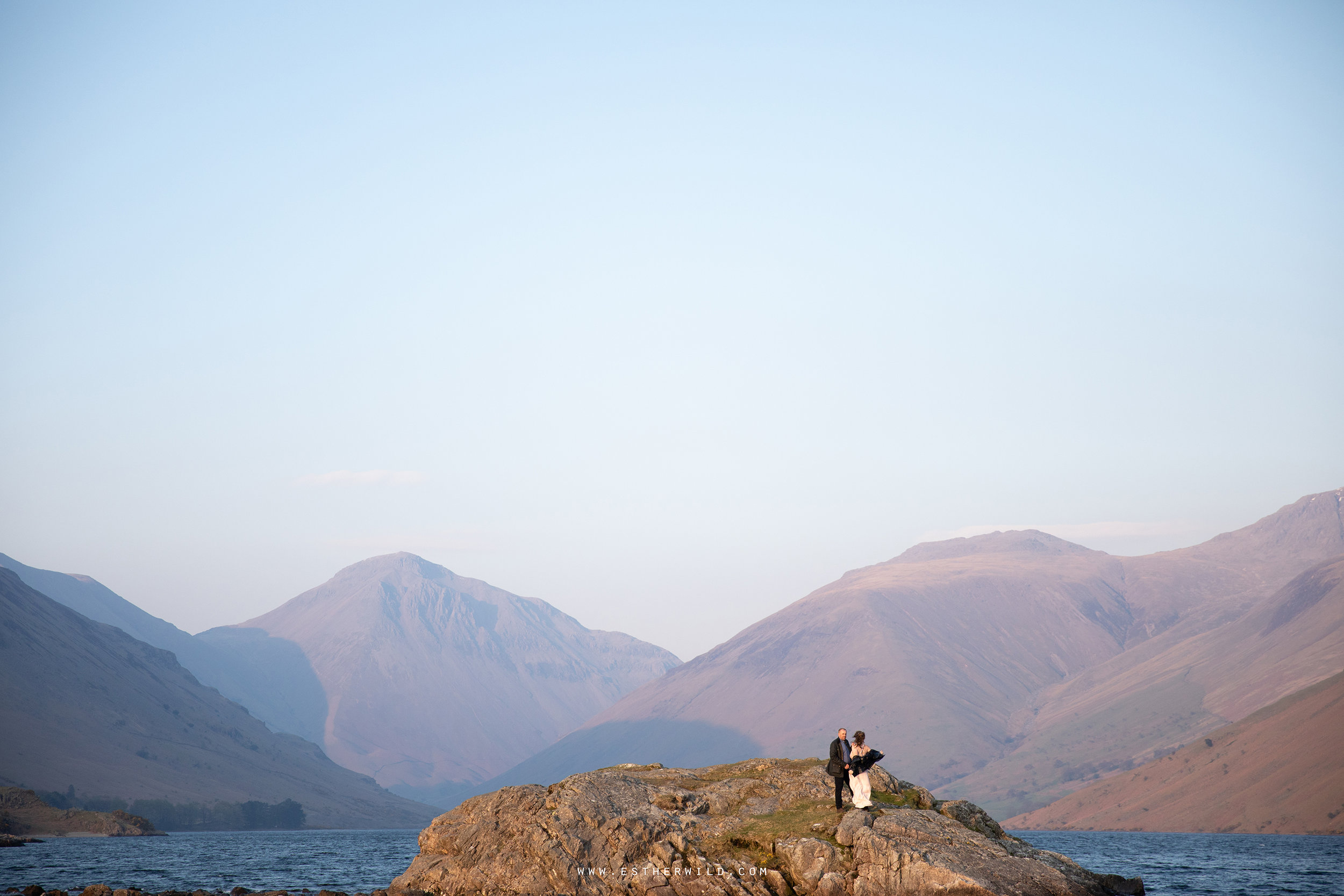 Cumbria_Lake_District_Wasdale_Wedding_Photographer_Destination_Engagement_Anniversary_Esther_Wild_IMG_4597.jpg