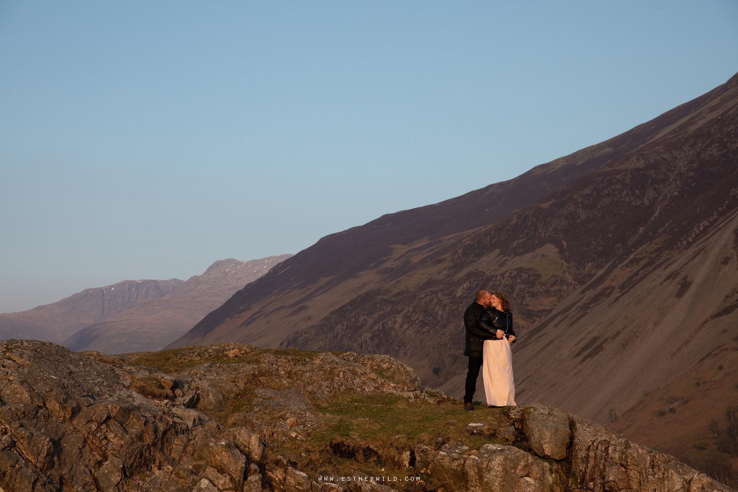 Cumbria_Lake_District_Wasdale_Wedding_Photographer_Destination_Engagement_Anniversary_Esther_Wild_IMG_4633.jpg