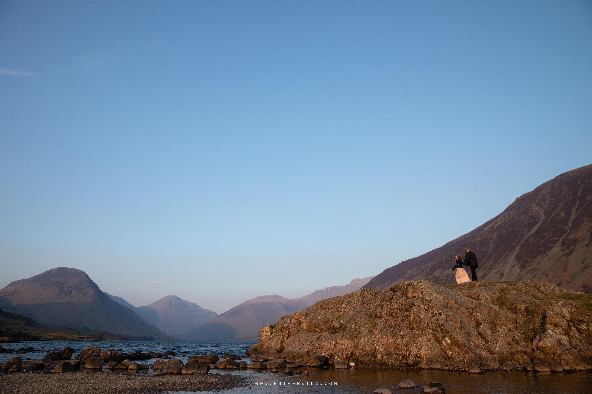 Cumbria_Lake_District_Wasdale_Wedding_Photographer_Destination_Engagement_Anniversary_Esther_Wild_IMG_4661.jpg
