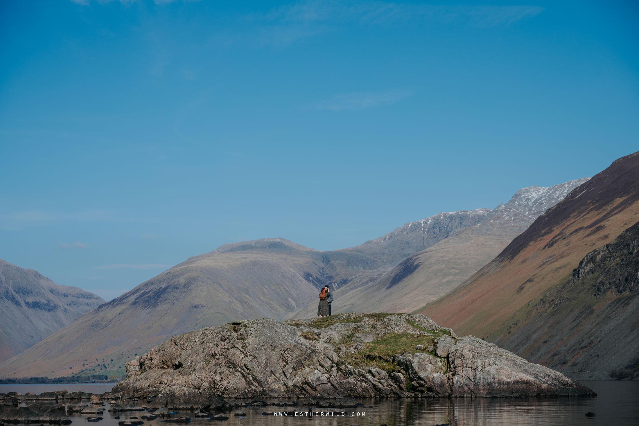 Cumbria_Lake_District_Wasdale_Wedding_Photographer_Destination_Engagement_Anniversary_Esther_Wild_IMG_3447.jpg