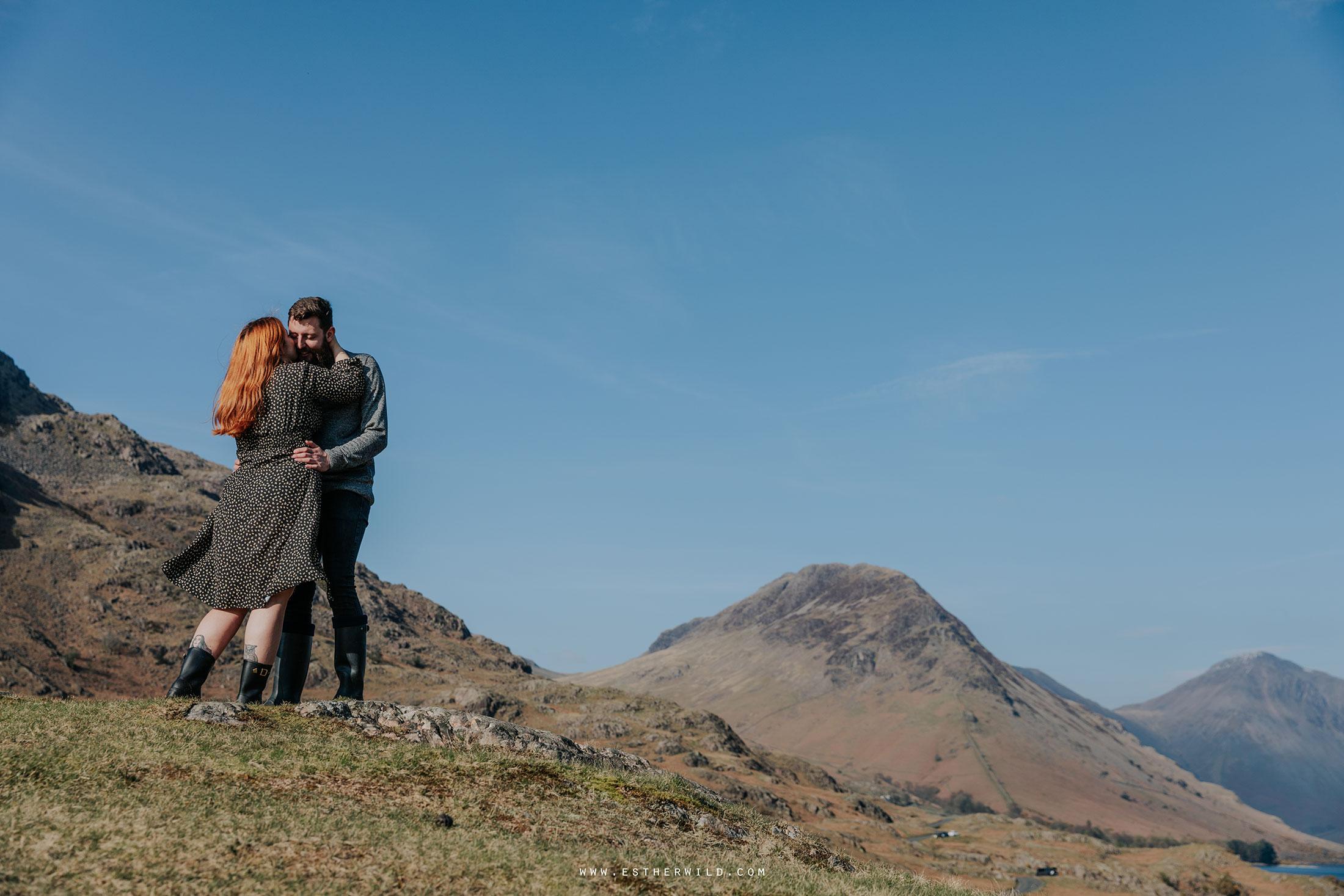 Cumbria_Lake_District_Wasdale_Wedding_Photographer_Destination_Engagement_Anniversary_Esther_Wild_IMG_3653.jpg