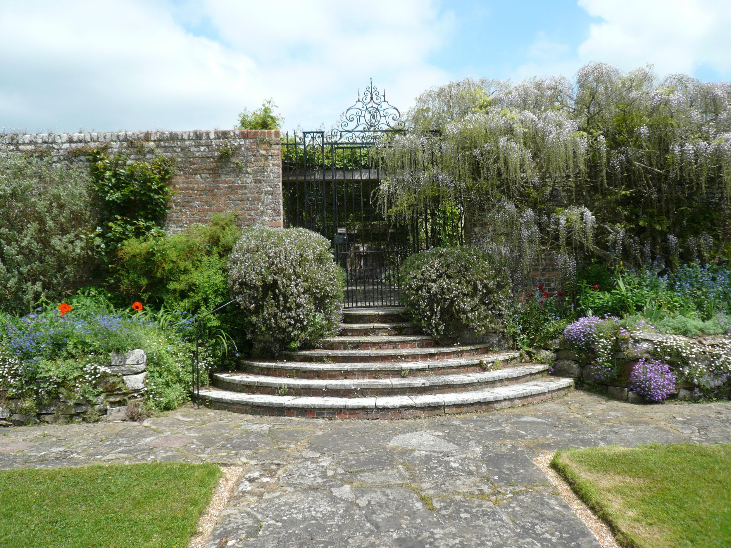 Gardens Lutyens & Jekyll.JPG