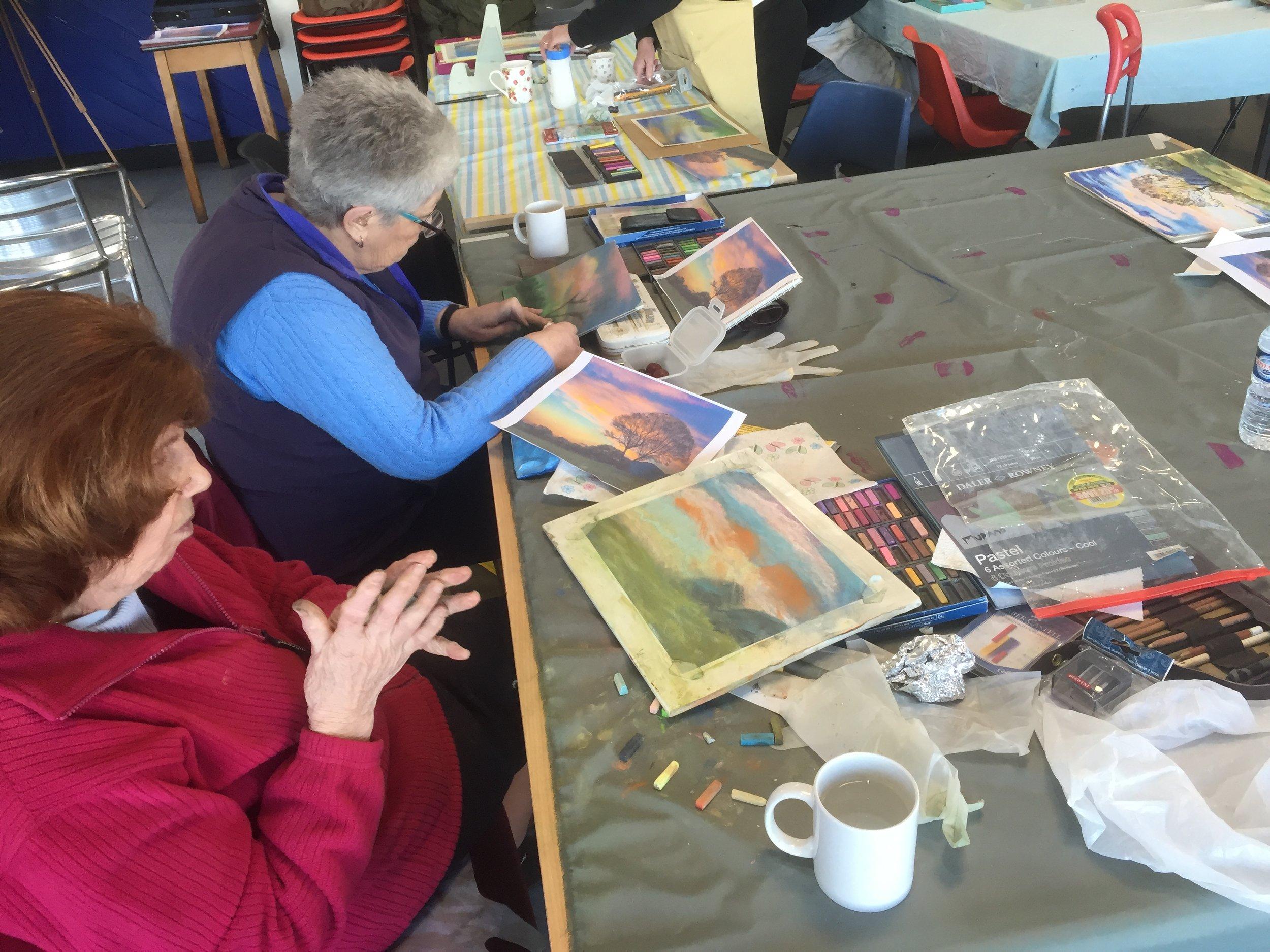 Members painting 1.JPG