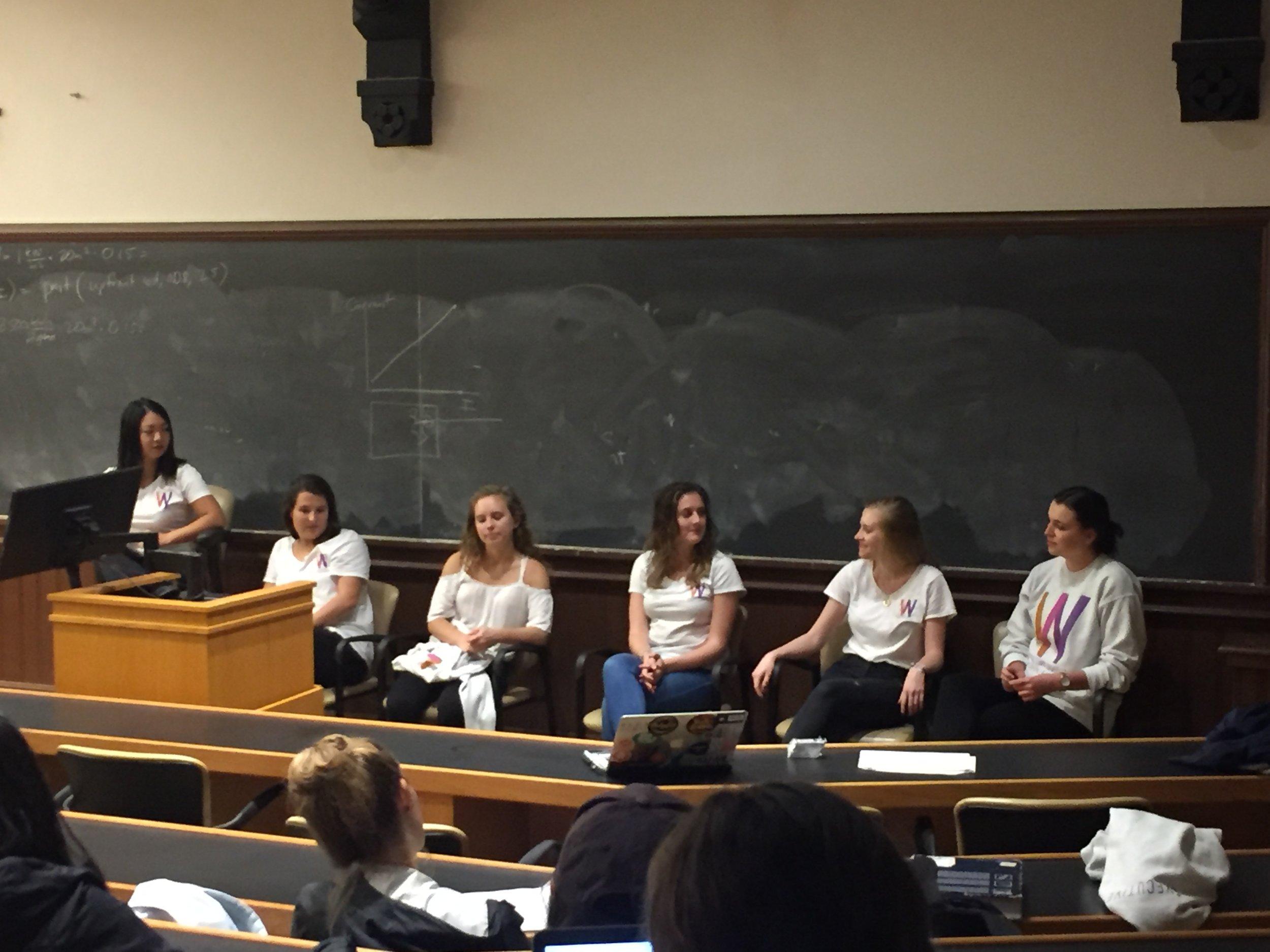 October 11: Senior Internship Panel