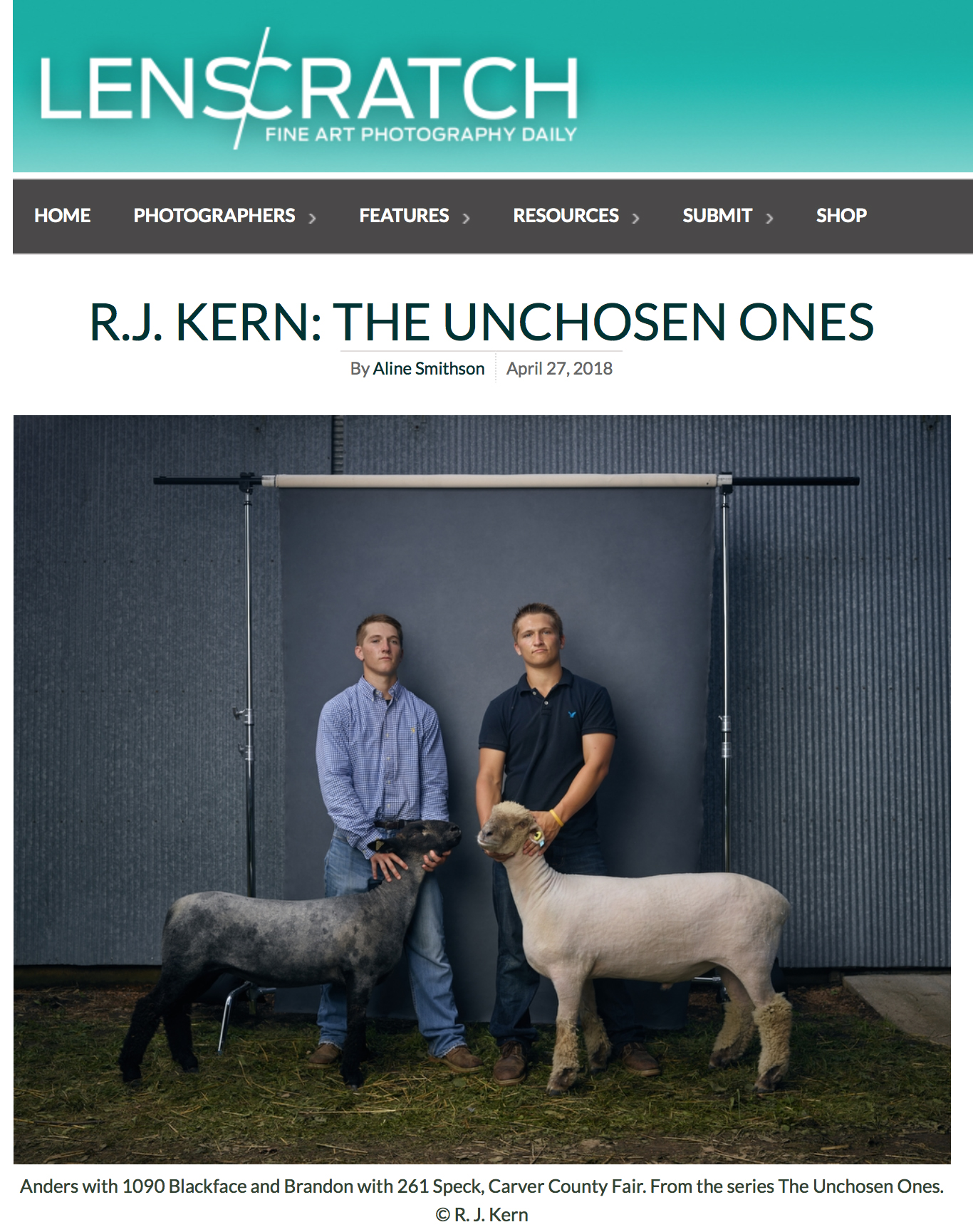 "Aline Smithson reviews reviews ""The Unchosen Ones"" book along with an interview with R. J. Kern."
