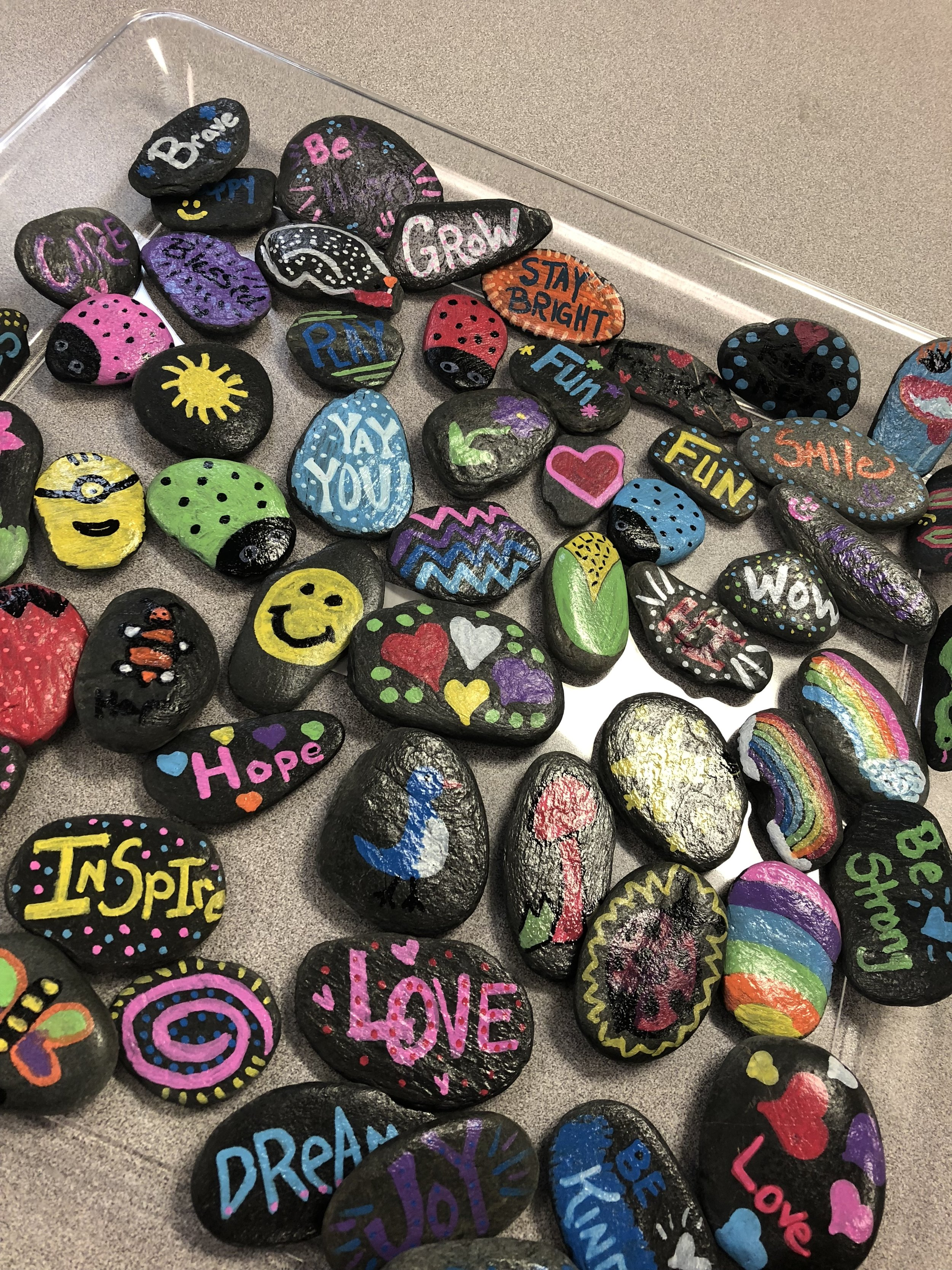 35 Random Acts of Kindness - Hide Kindness Stones