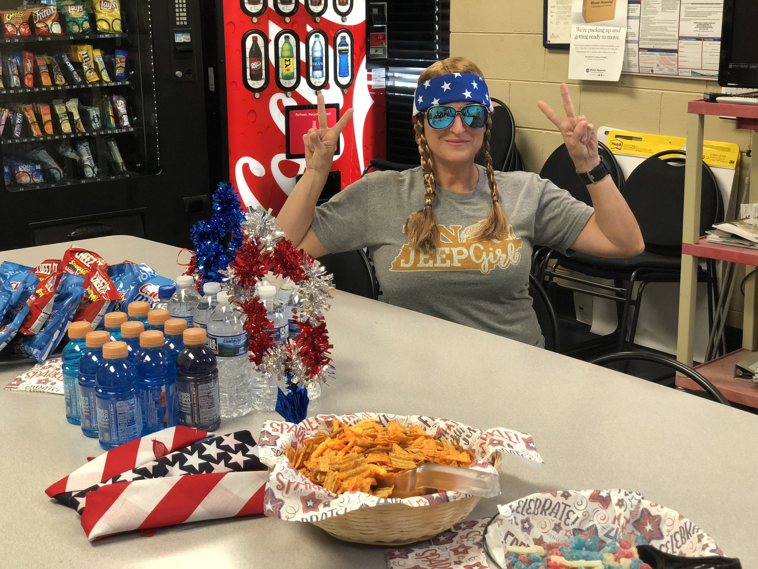 35 Random Acts of Kindness - Surprise 4th of July Party