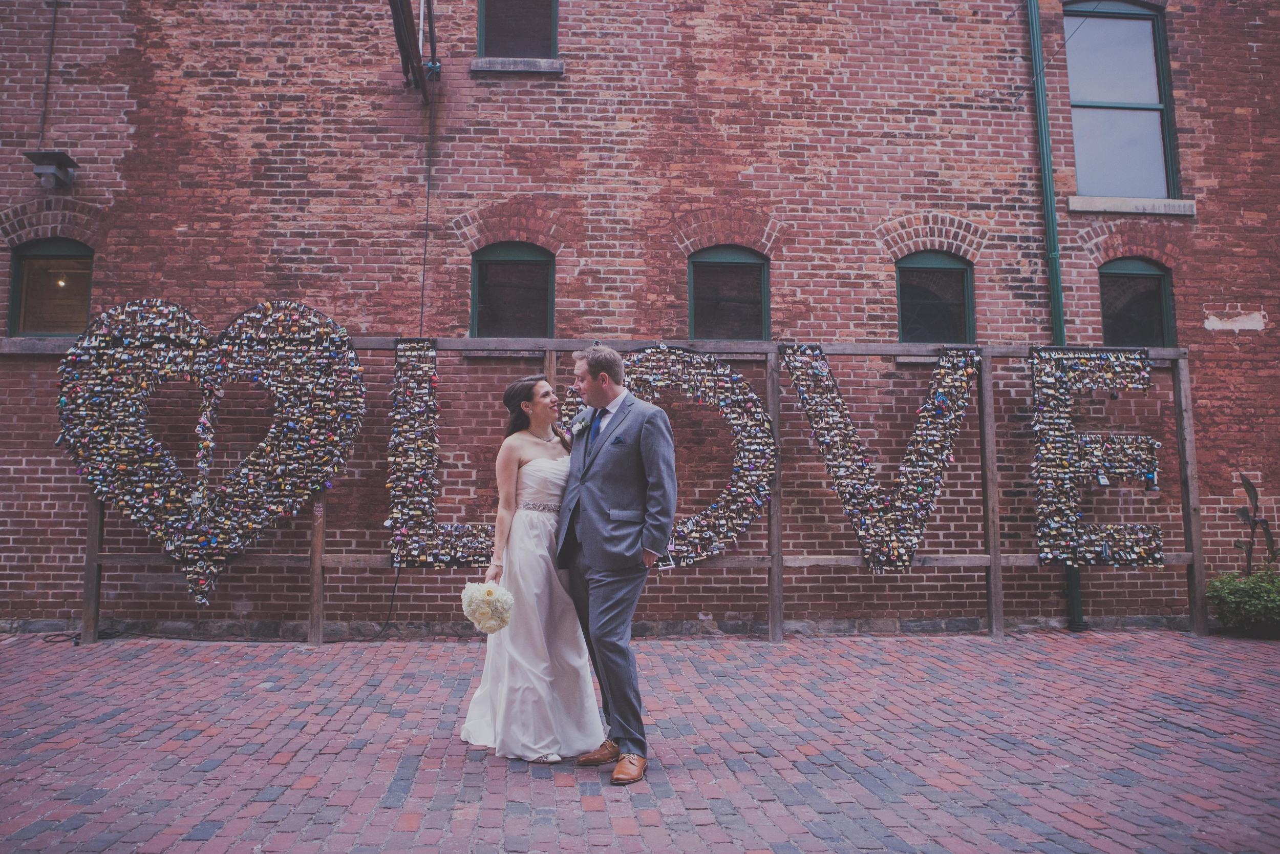 TorontoWeddingPhotographer26.jpg