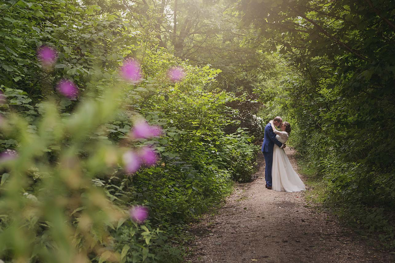 Toronto_Wedding_Photographer_17.jpg