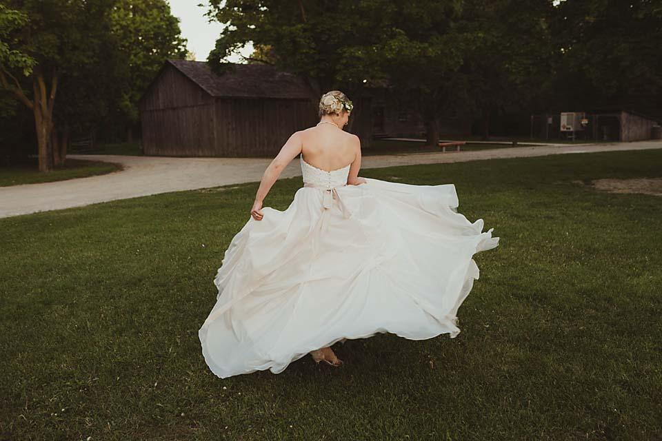bride-wedding-photos-dress-CopperRed.jpg