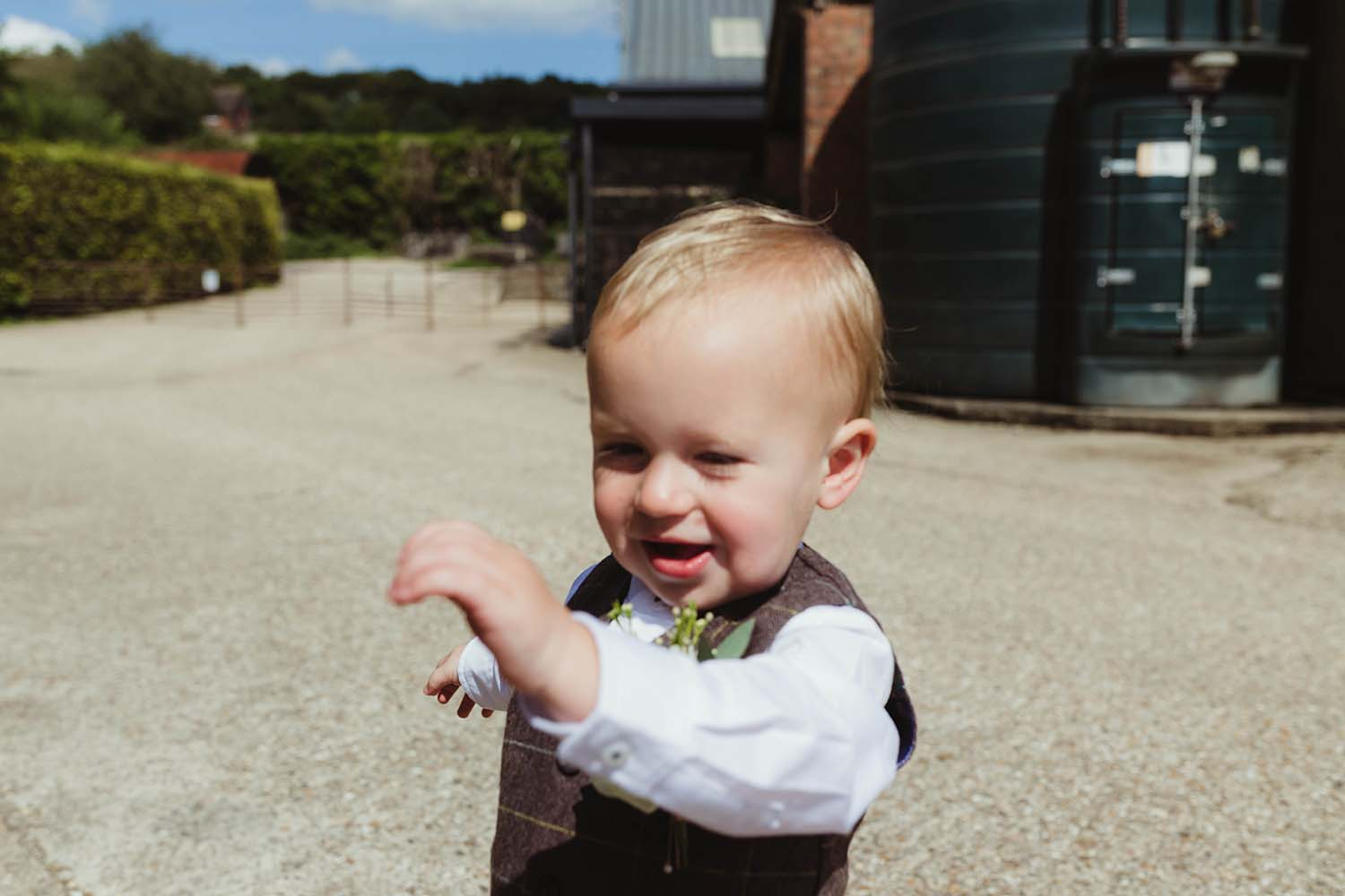 toronto wedding photographer copperred page boy