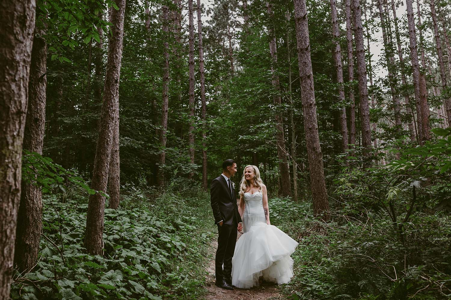 forest-wedding-photos-copperred-photography