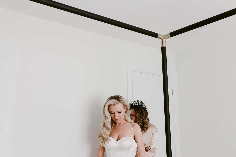 copperred-photography-bridal-prep-toronto.jpg