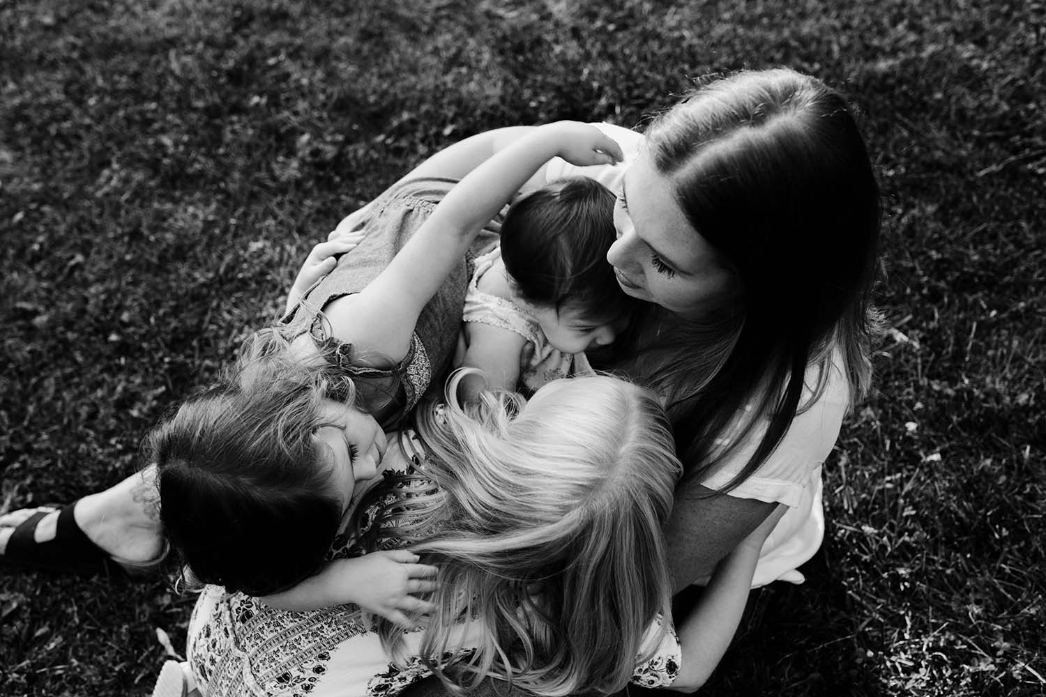 CopperRed_Photography_candid-family.jpg