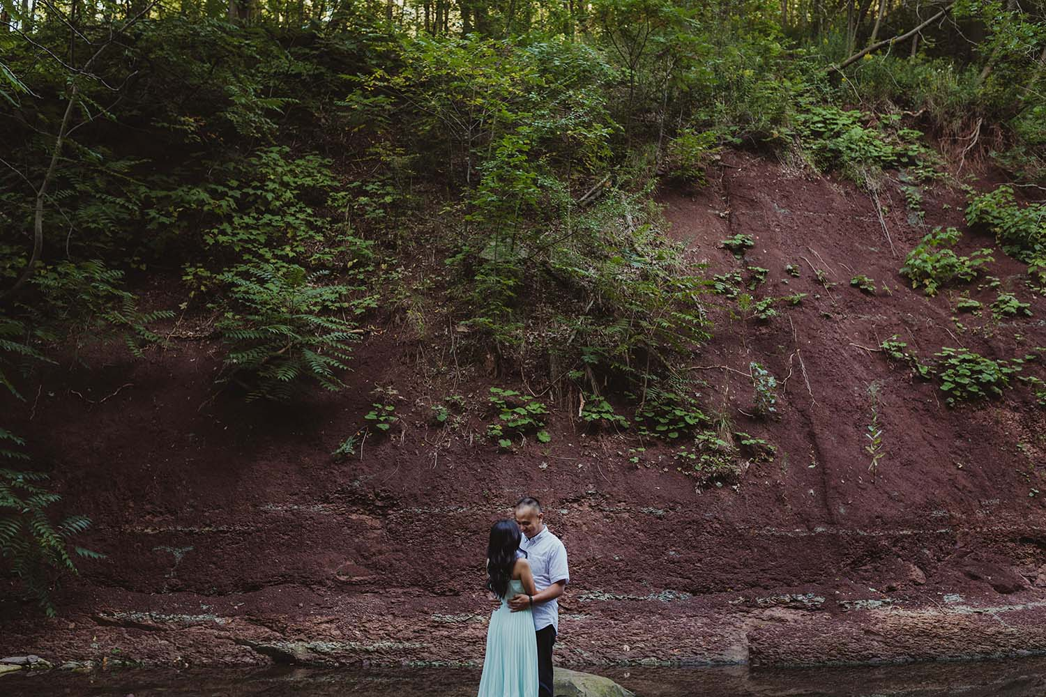 copperred-photography-engagement-photos-chedoke-falls.jpg