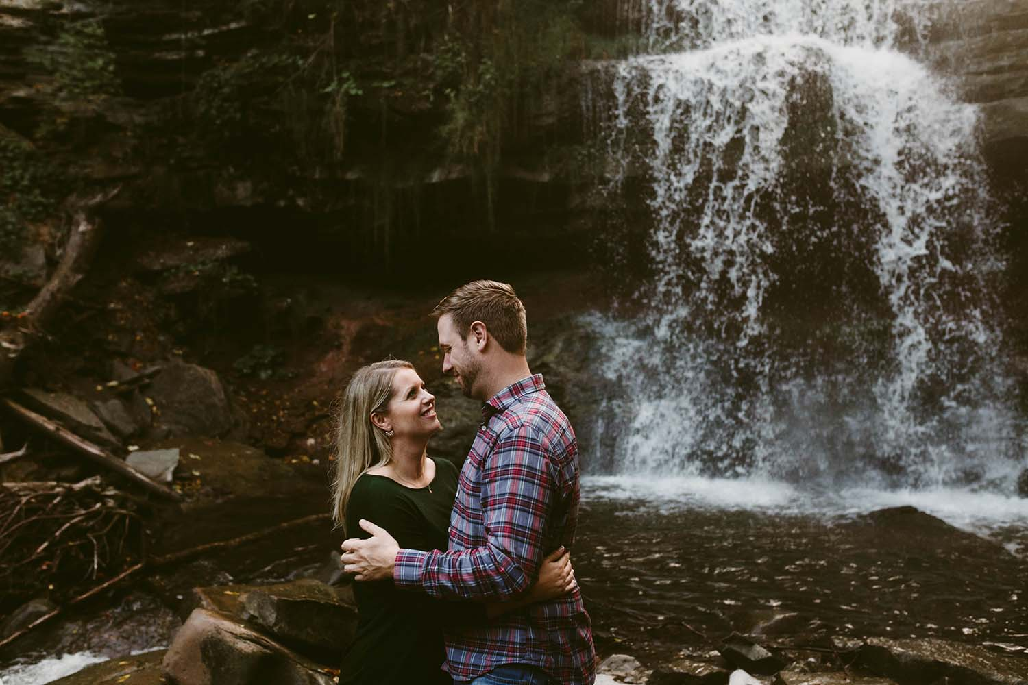 lifestyle-engagement-photos-waterfall-copperred-photography.jpg