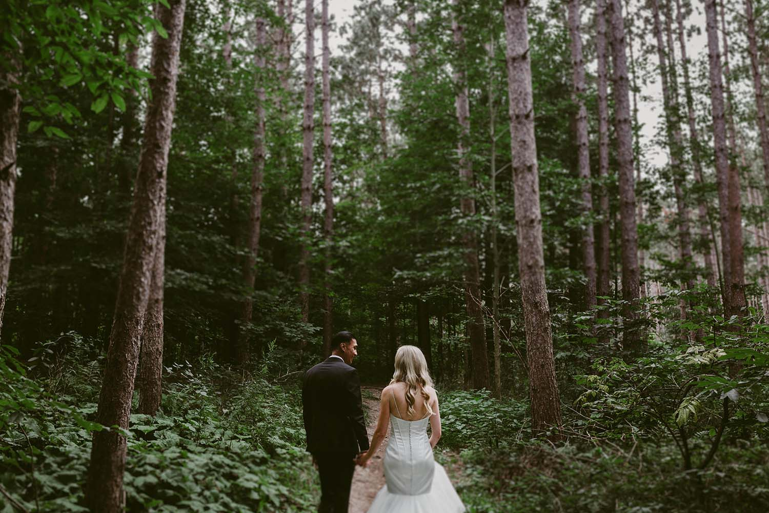 CopperRed_Photography_forest-bridal-portraits.jpg