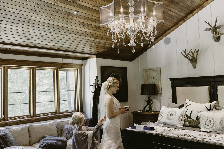 copperred-photography-bridal-prep-photos.jpg