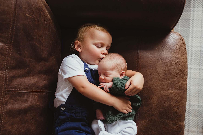 toronto-lifestyle-newborn-photos-copperred-photography