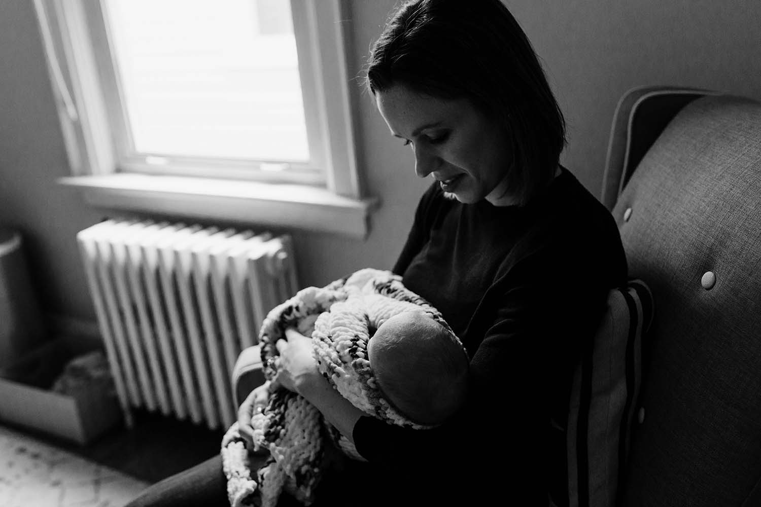 lifestyle-newborn-photos-copperred-photography