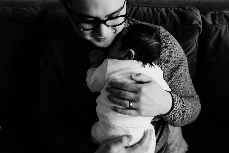 Toronto-lifestyle-newborn-baby-photographer_16.jpg