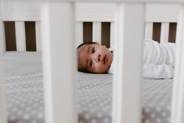 Toronto-lifestyle-newborn-baby-photographer_48.jpg