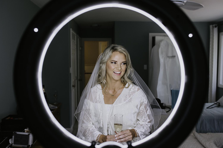 bridal-prep-photos-toronto-photographer-copperred-photography.jpg