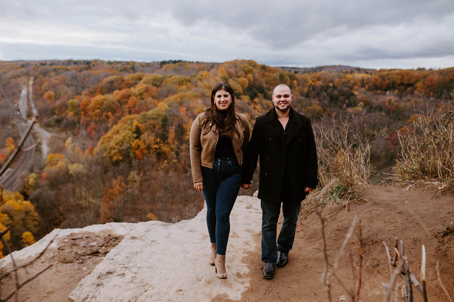 dundas-peak-engagement-photos-copperred-photography.jpg