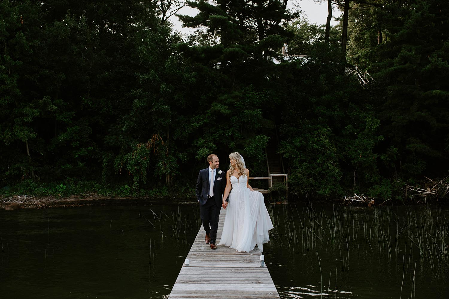 cottage-wedding-photos-copperred-photography.jpg