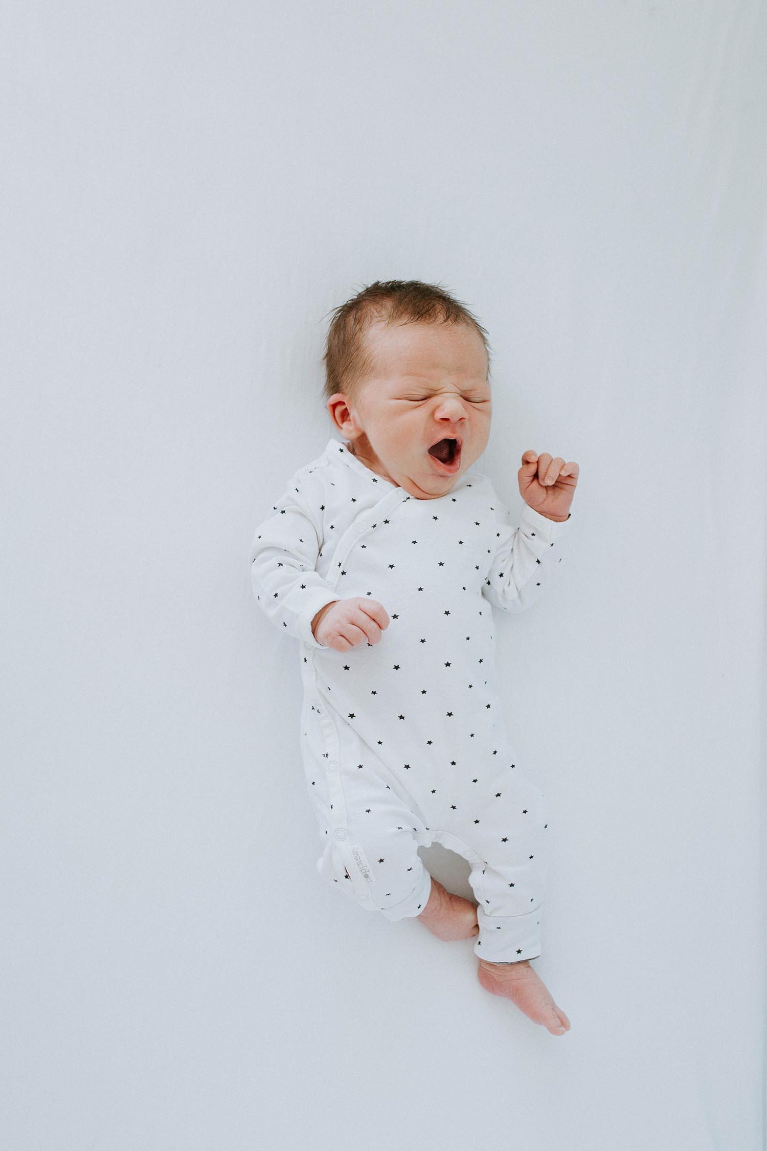 Toronto-newborn-lifestyle-photographer-CopperRed-Photography